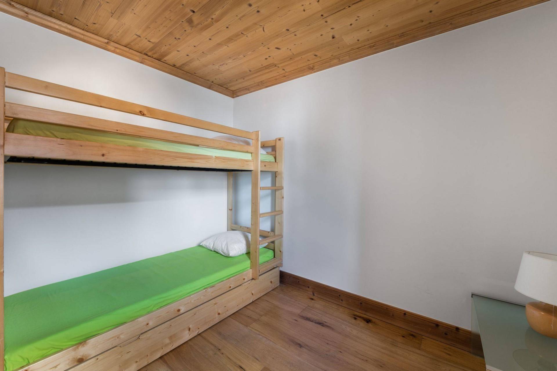 Val d'Isère Luxury Rental Appartment Burton Bedroom