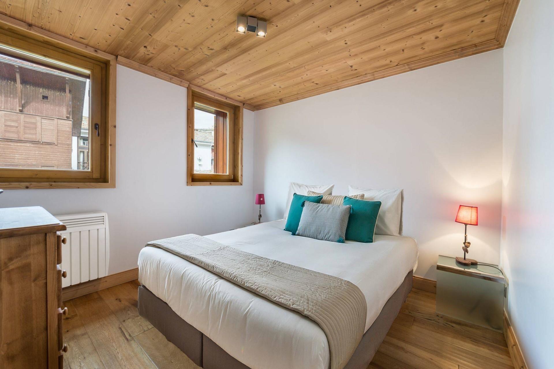 Val d'Isère Luxury Rental Appartment Burton Bedroom 2