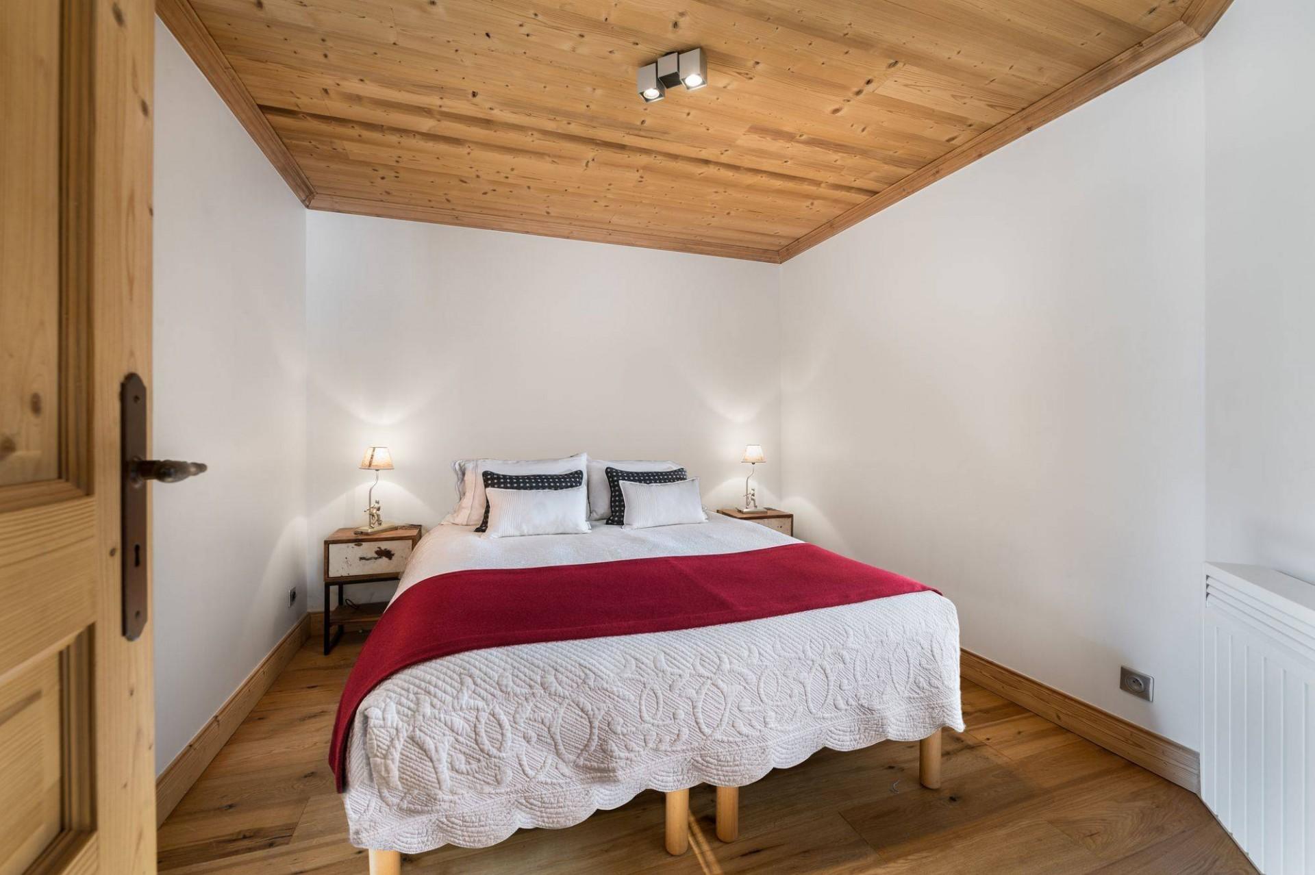 Val d'Isère Luxury Rental Appartment Burton Bedroom 3