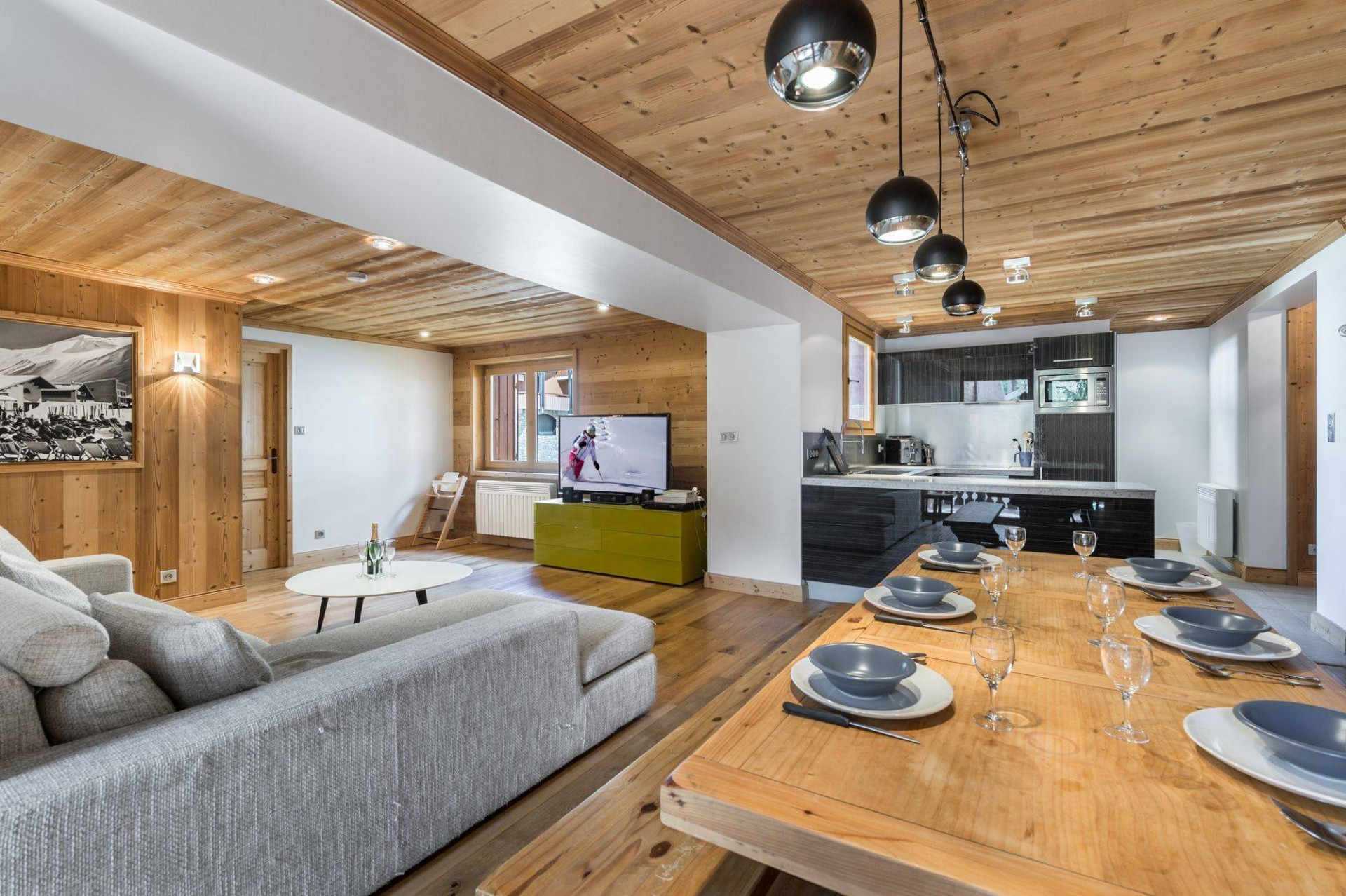 Val d'Isère Luxury Rental Appartment Burton Living Area