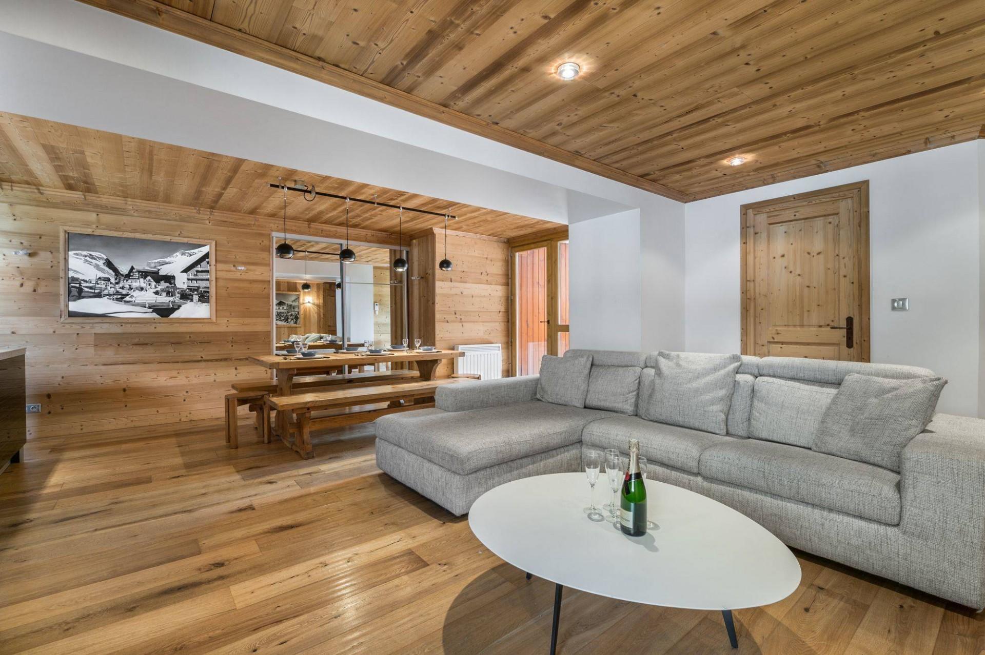 Val d'Isère Luxury Rental Appartment Burton Living Area 2