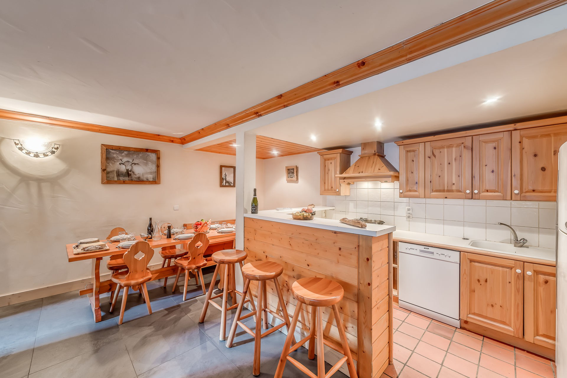 Val d'Isère Location Appartement Luxe Crankite Cuisine