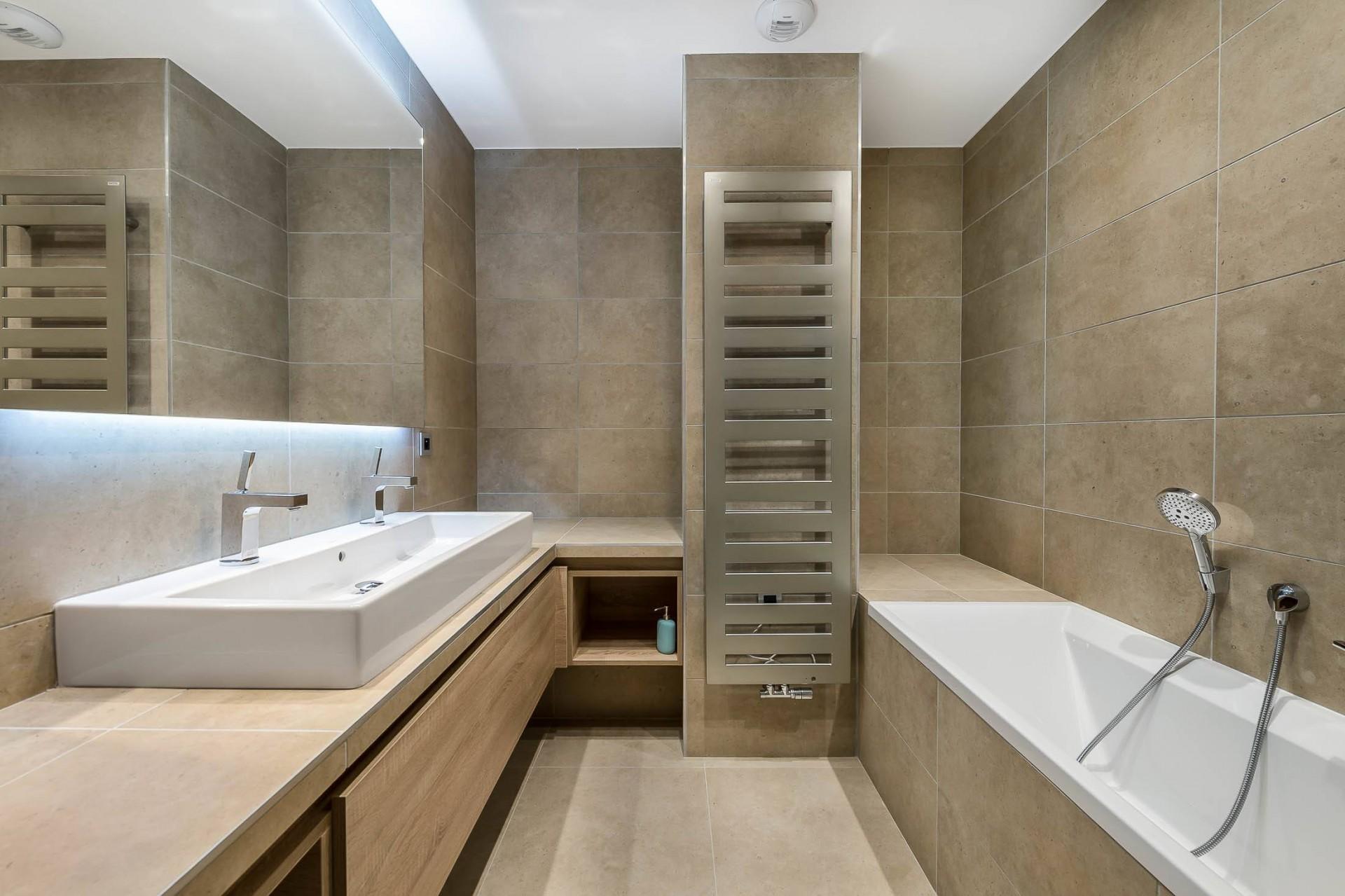 Val d'Isère Luxury Rental Appartment Cybalo Bathroom