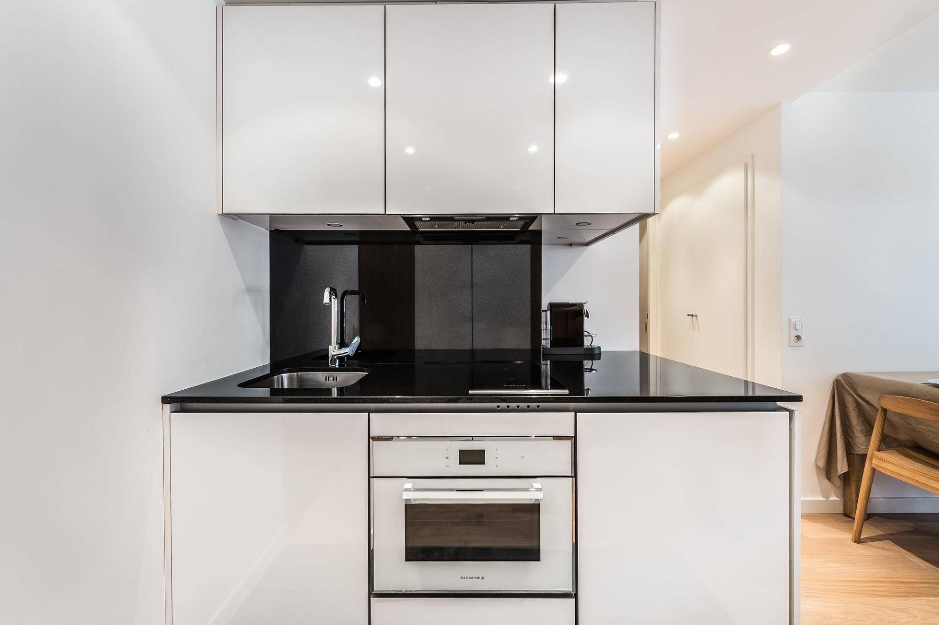 Val d'Isère Luxury Rental Appartment Eclaite Kitchen 2