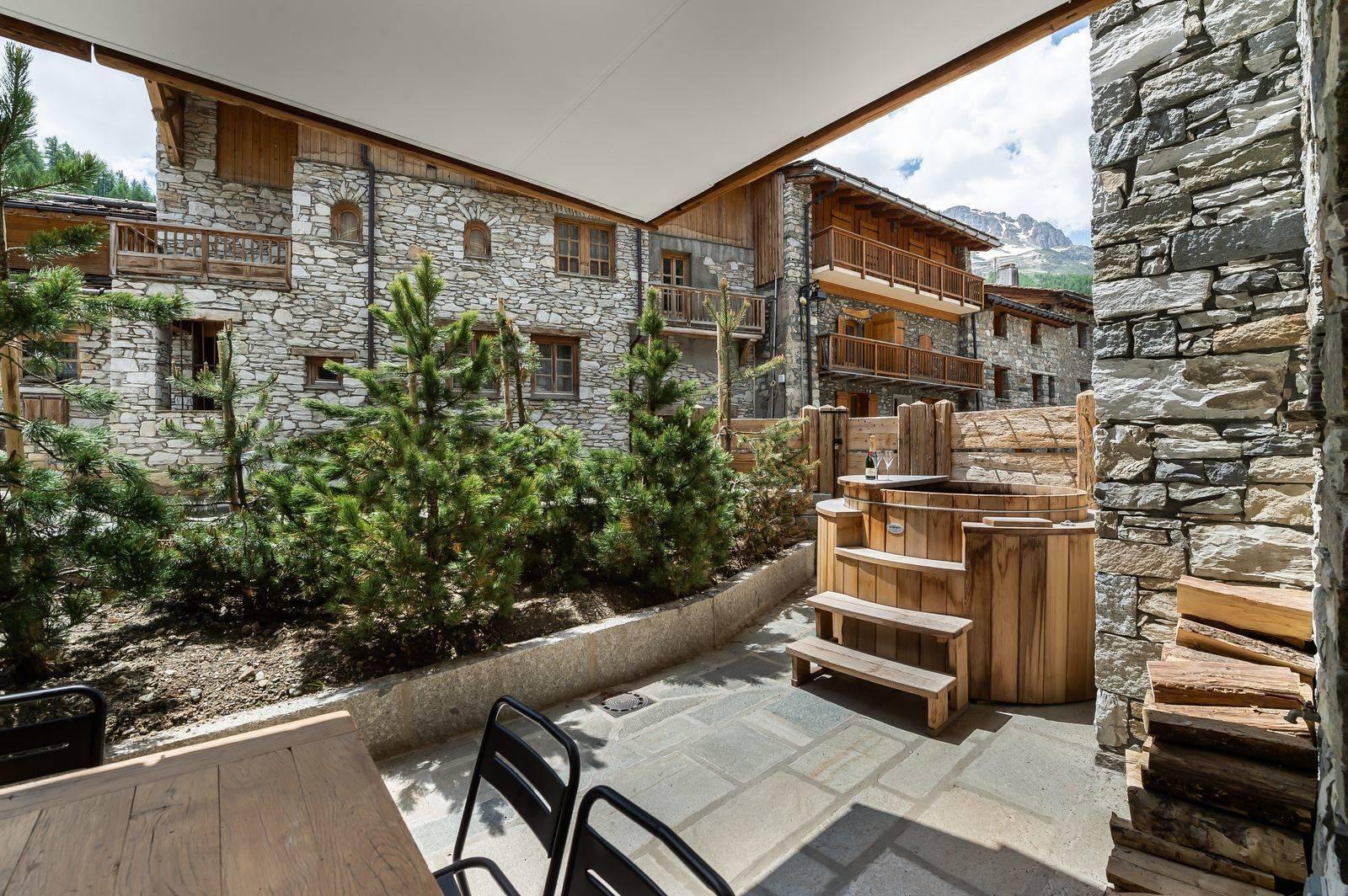 Val d'Isère Luxury Rental Appartment Tapiza Terrace