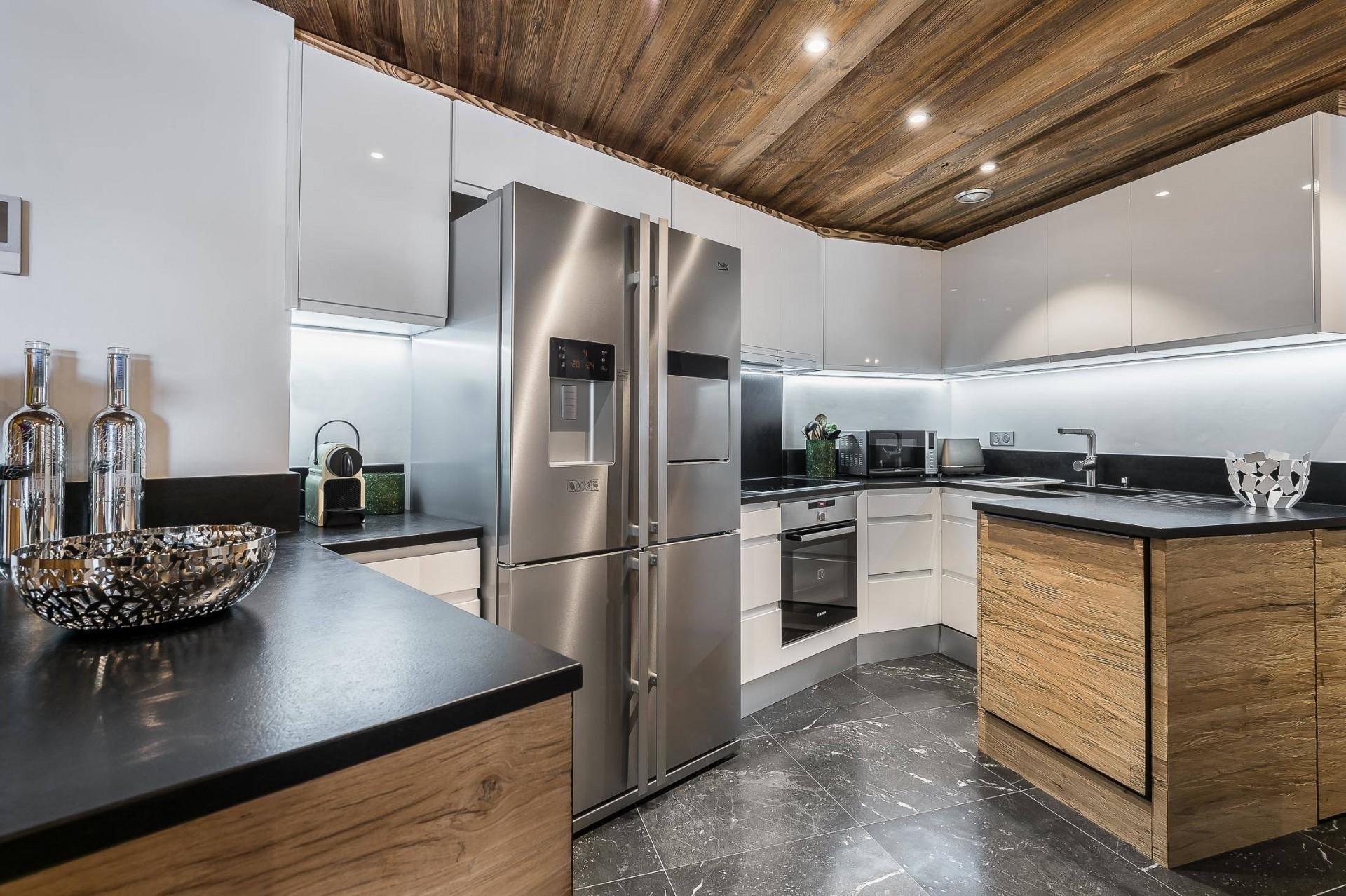 Val d'Isère Location Appartement Luxe Ucelite Cuisine