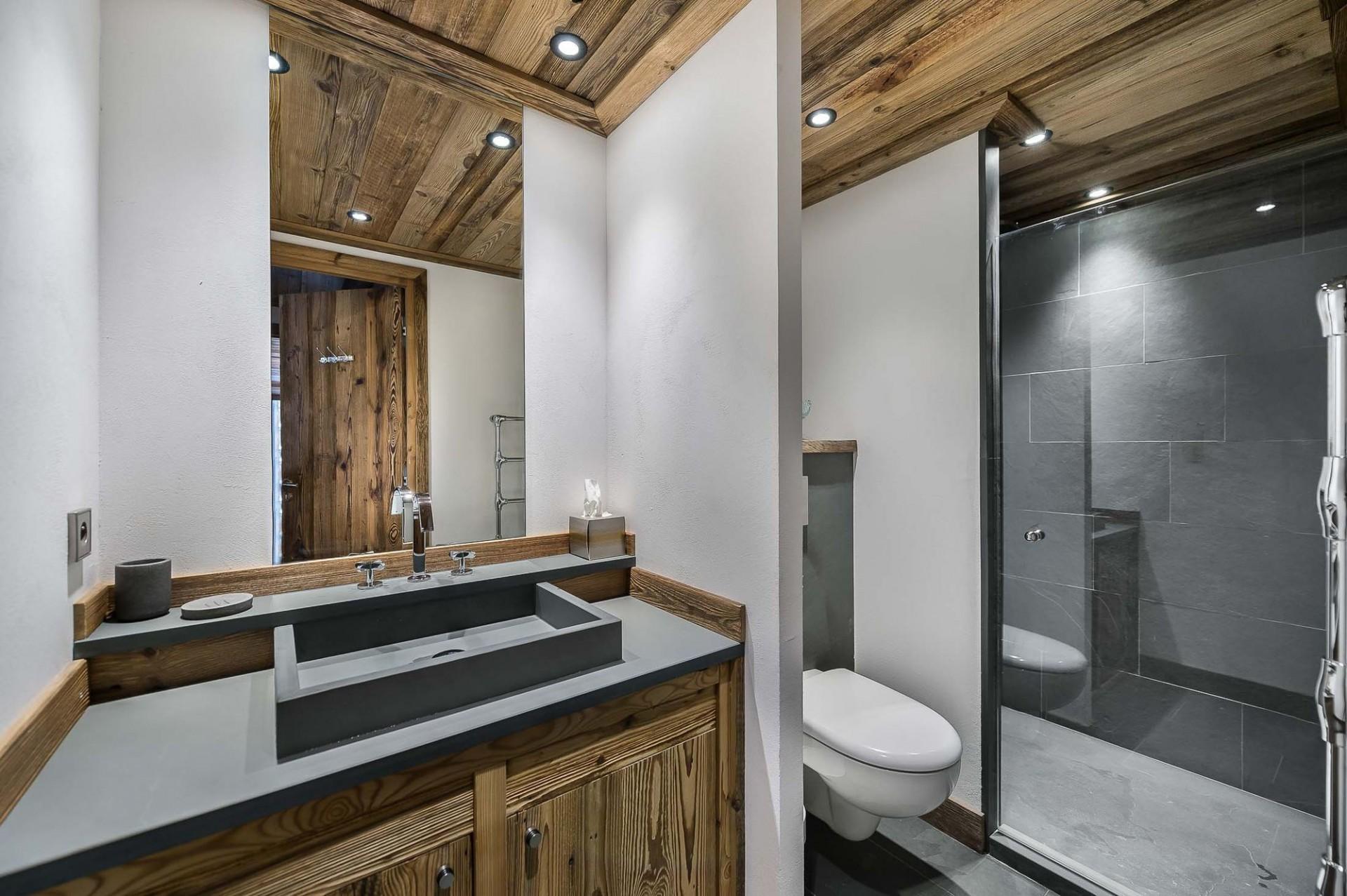 Val d'Isère Location Appartement Luxe Ulilite Salle De Bain