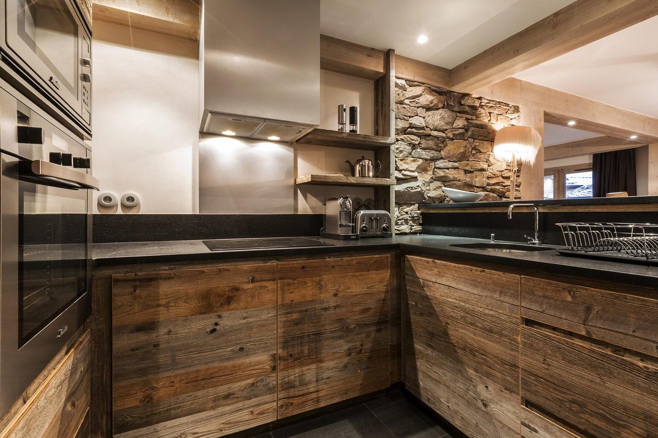 Val d'Isère Location Appartement Luxe Vadakite Cuisine