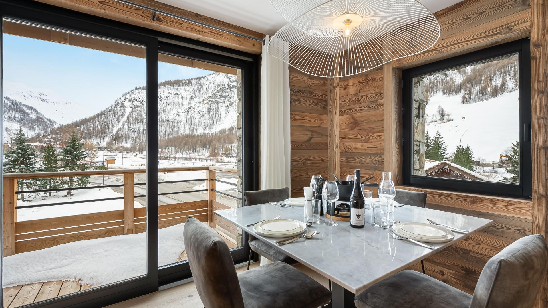 Val d'Isère Location Appartement Luxe Varmite Table A Manger