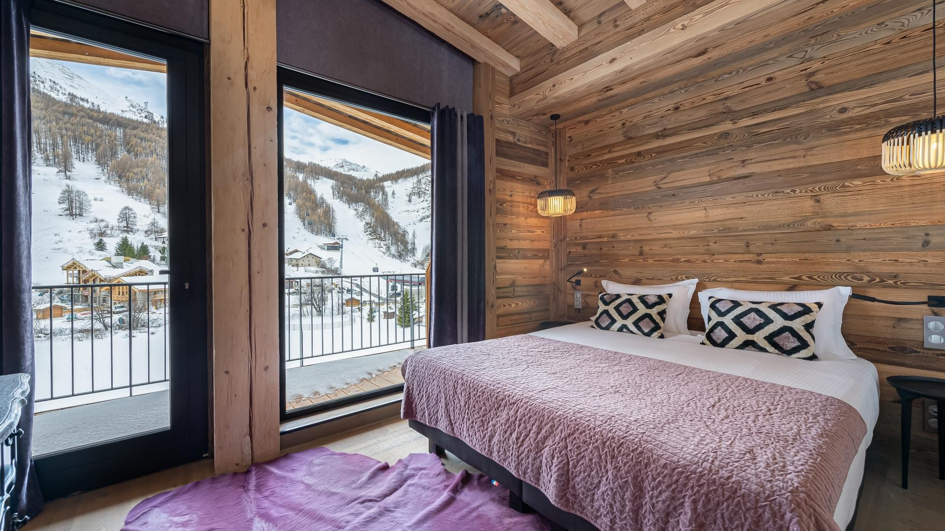 Val d'Isère Location Appartement Luxe Varvate Chambre2