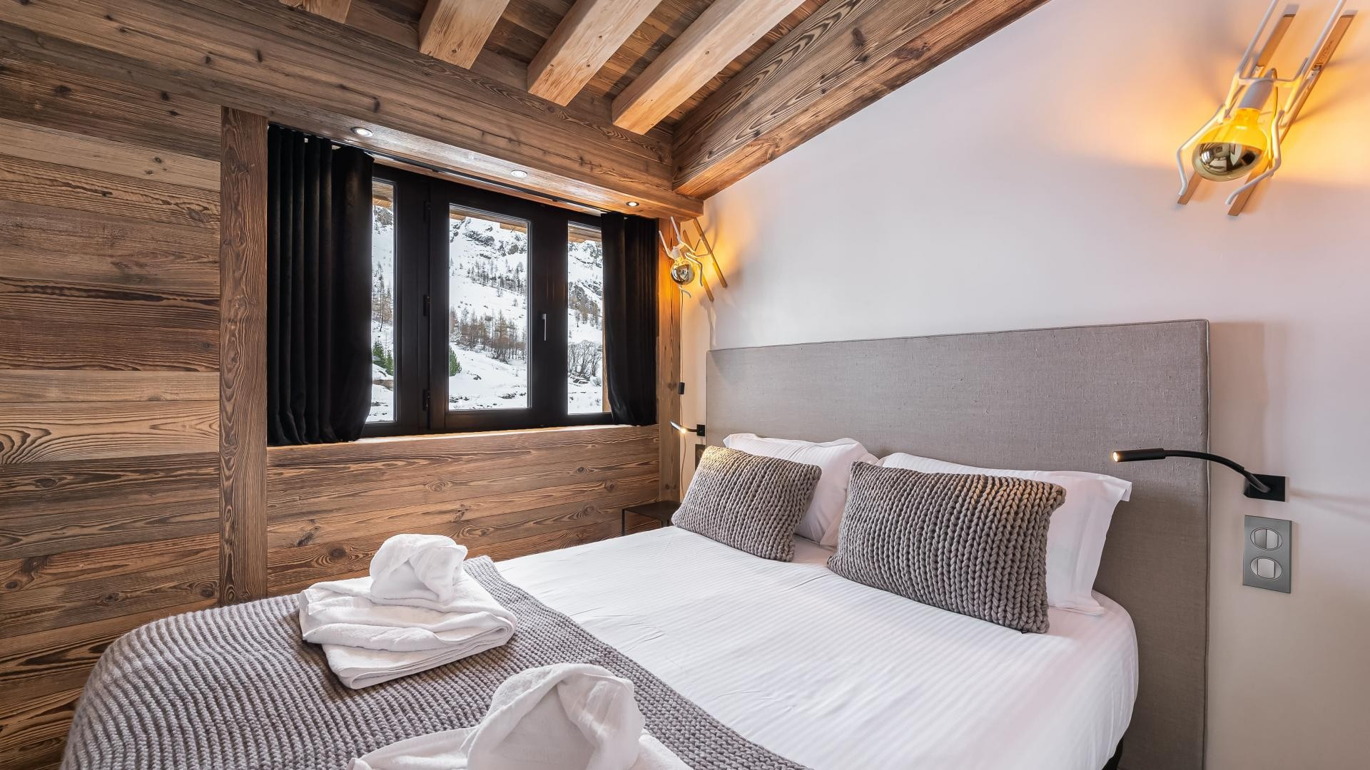 Val d'Isère Location Appartement Luxe Varvate Chambre3