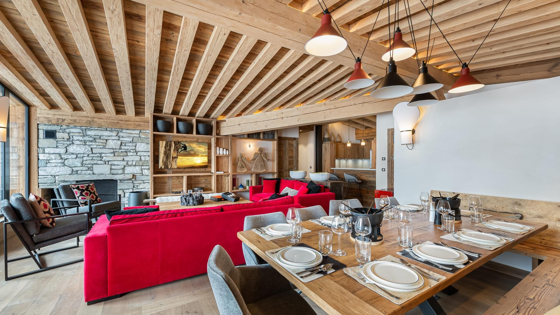 Val d'Isère Location Appartement Luxe Varvate Salle A Manger