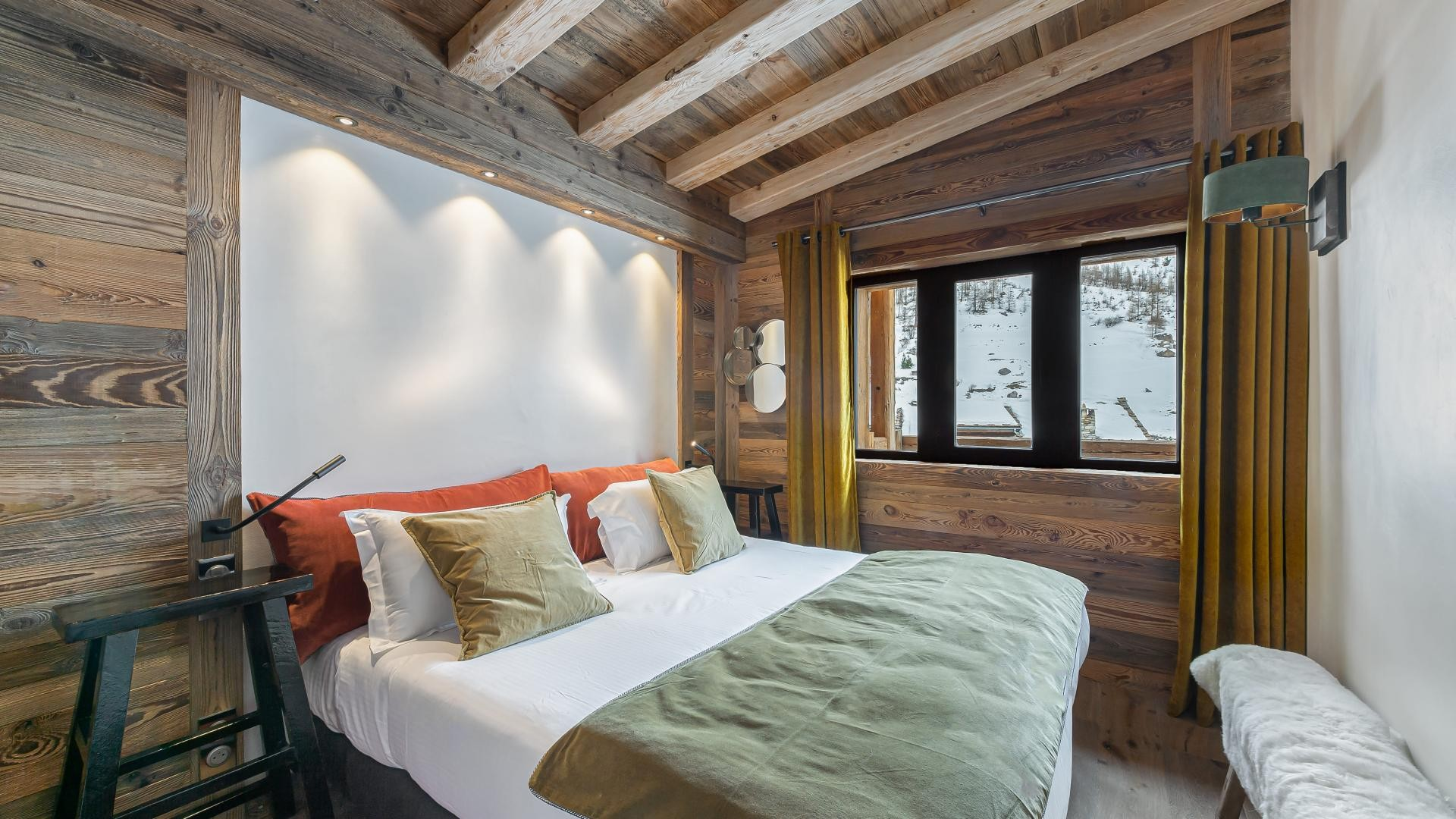 Val d'Isère Location Appartement Luxe Varvite Chambre3