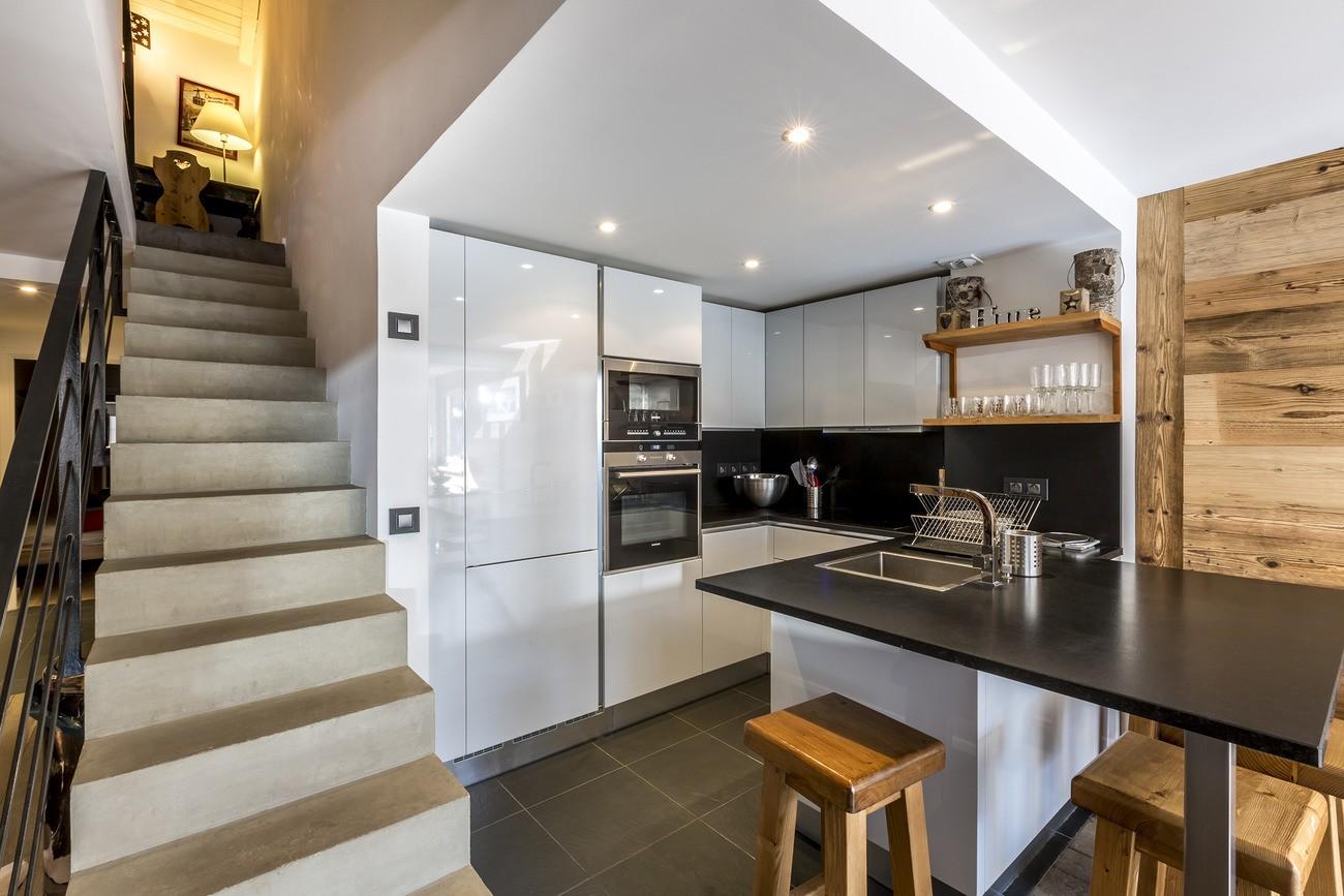 Val d'Isère Location Appartement Luxe Vasilite Cuisine
