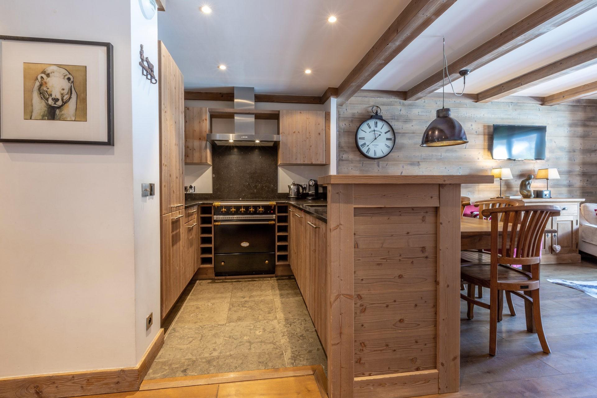 Val d'Isère Luxury Rental Apartment Vaulite Kitchen 2