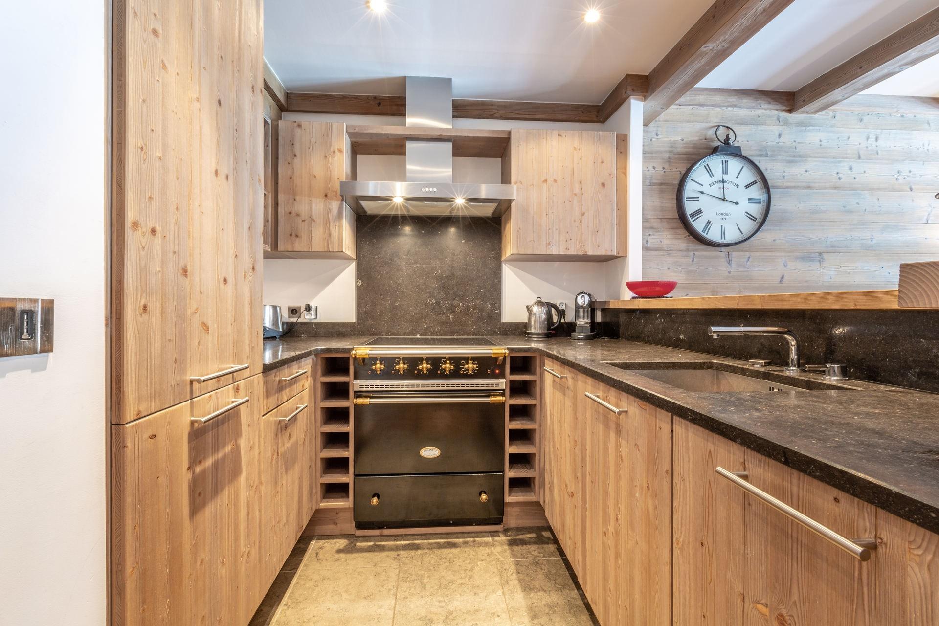 Val d'Isère Luxury Rental Apartment Vaulite Kitchen 3