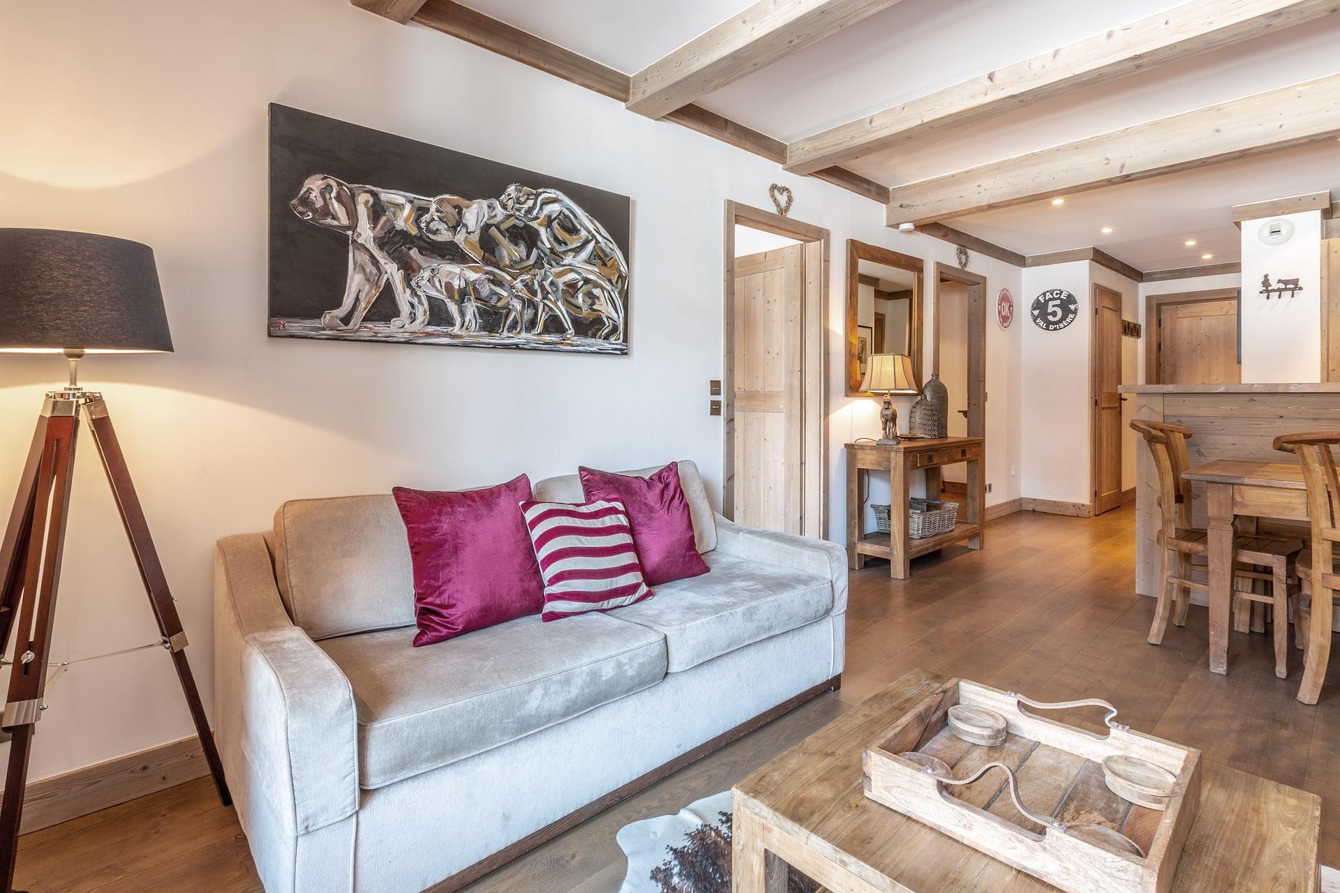 Val d'Isère Luxury Rental Apartment Vaulite Living Area 3
