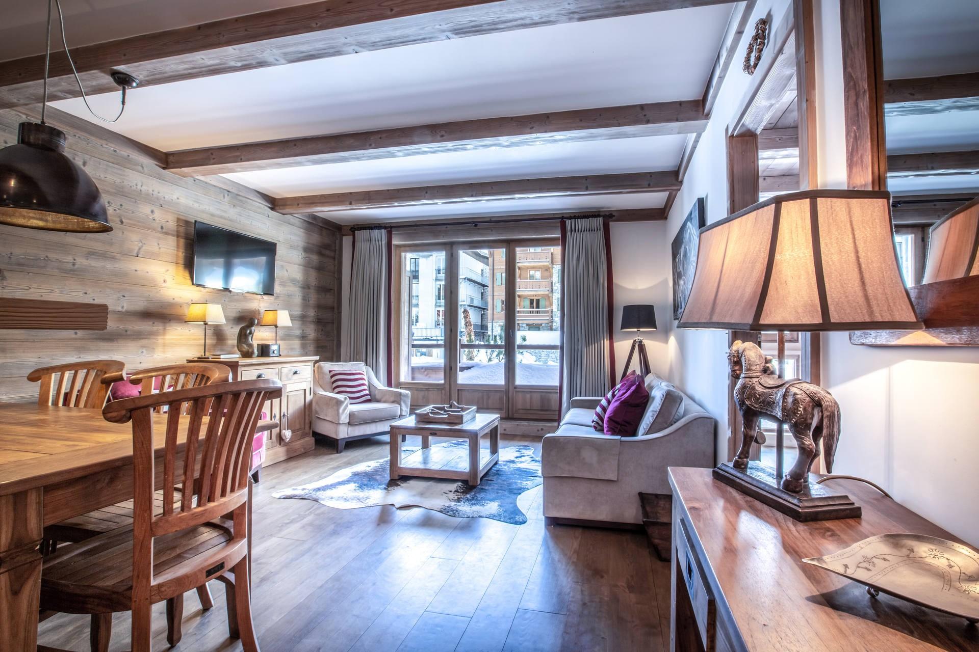 Val d'Isère Luxury Rental Apartment Vaulite Living Area 5