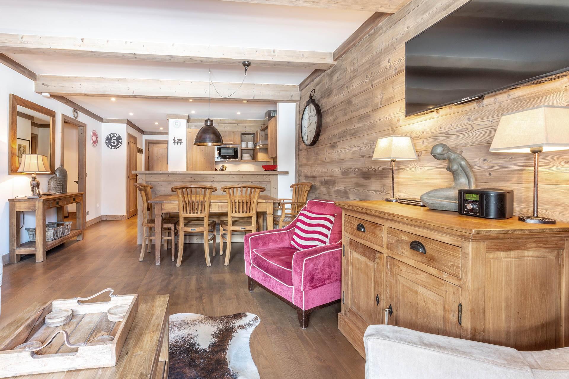Val d'Isère Luxury Rental Apartment Vaulite Living Area 6