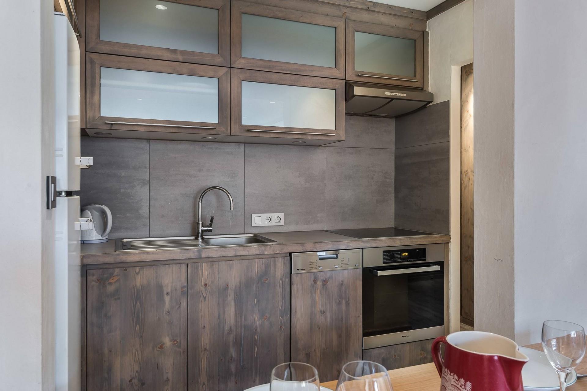 Val d'Isère Luxury Rental Appartment Vazuli Kitchen