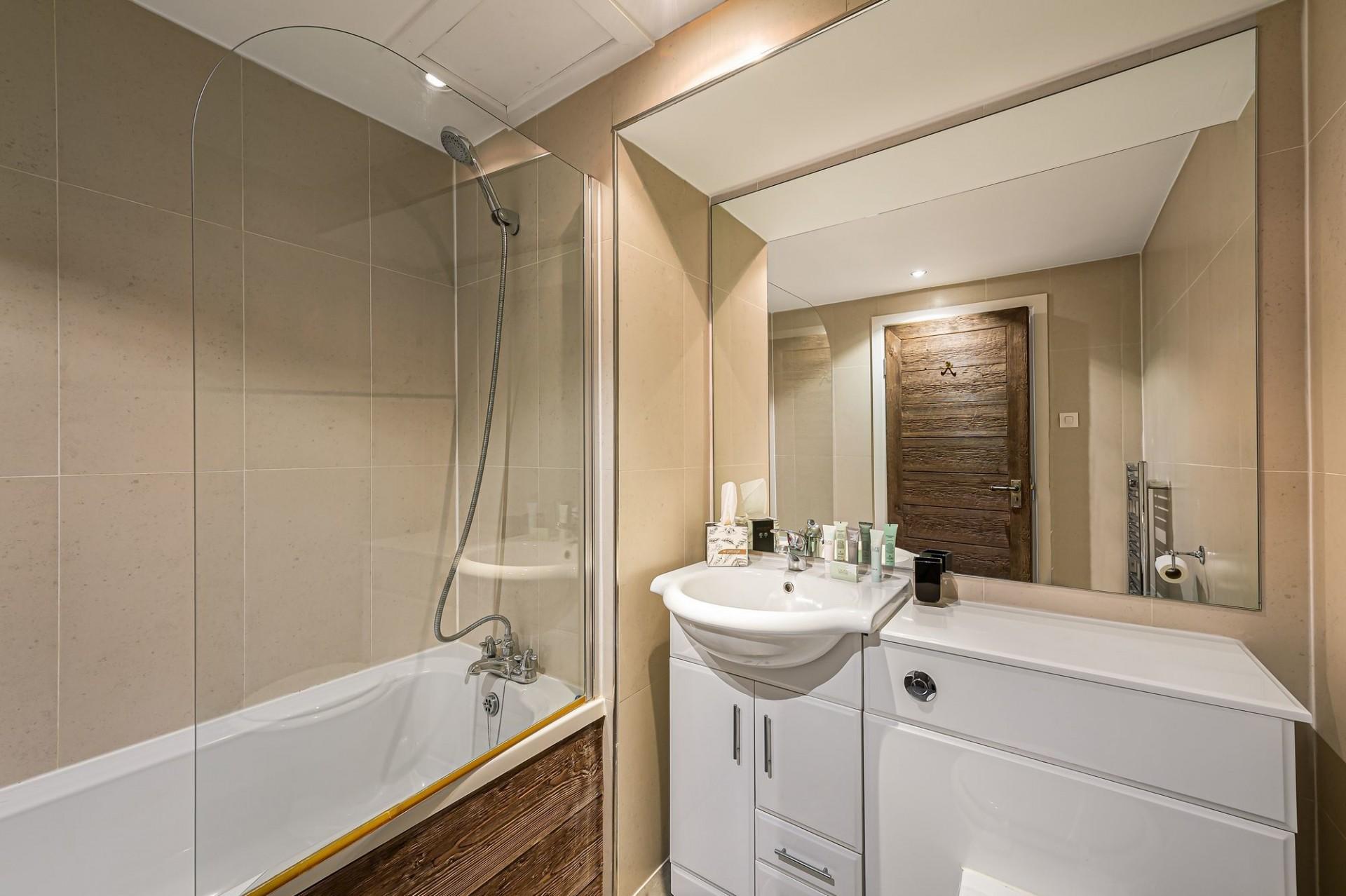 Val d'Isère Location Appartement Luxe Vigiz Salle De Bain 2