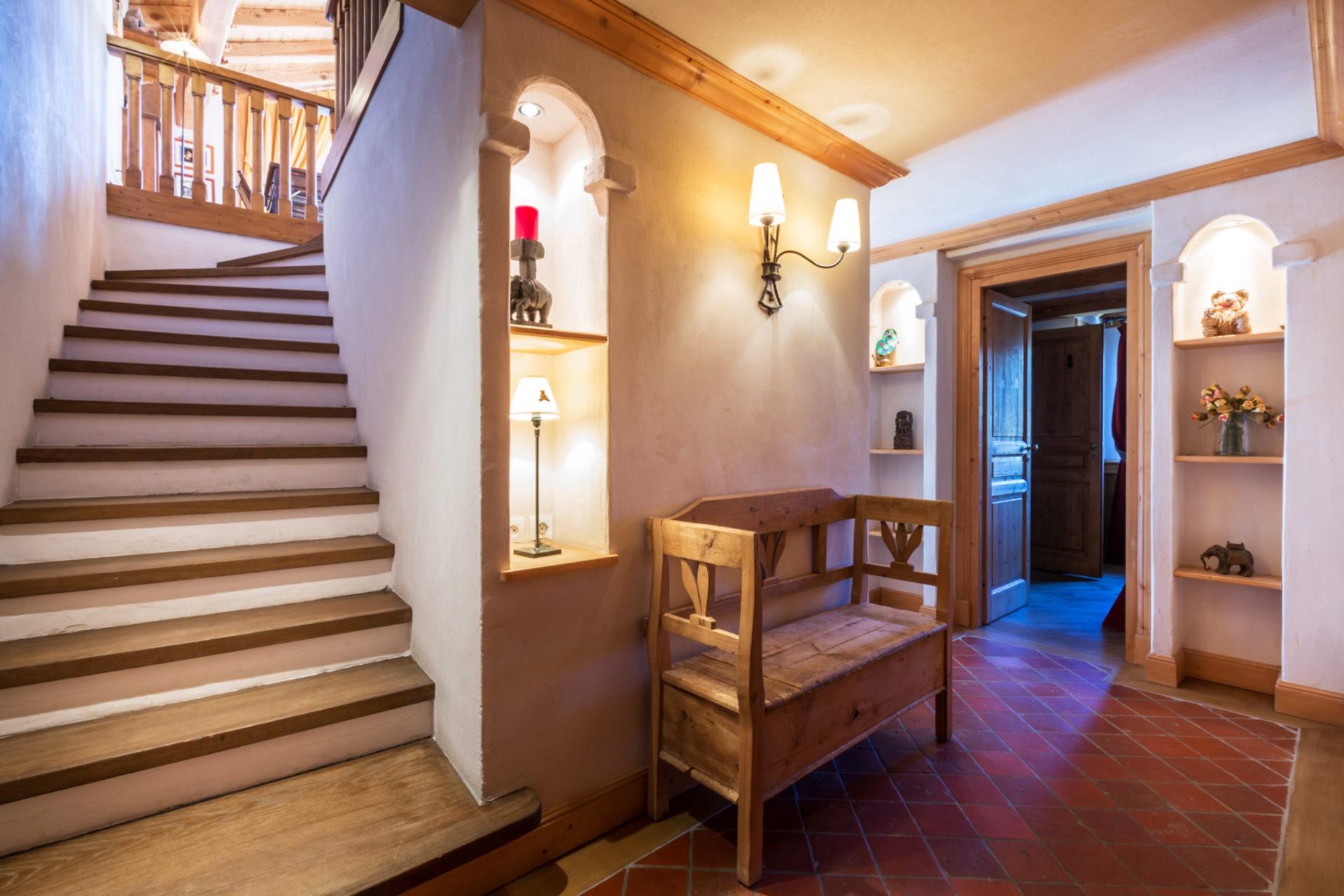 Val d'Isère Location Appartement Luxe Violane Couloir