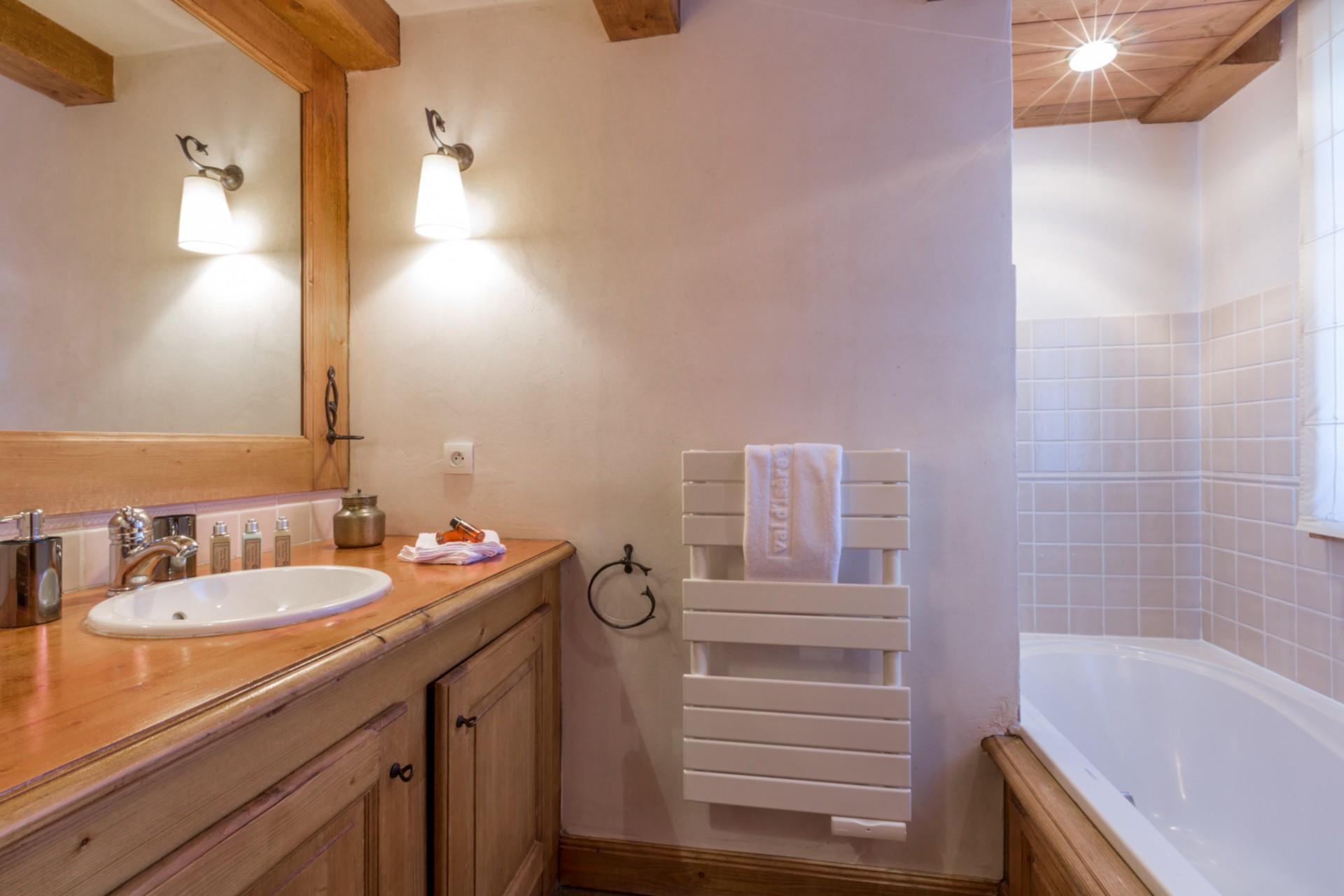 Val d'Isère Location Appartement Luxe Violane Salle De Bain