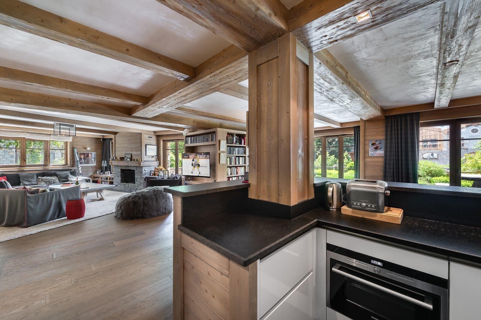 Val d'Isère Location Appartement Luxe Viorne Cuisine
