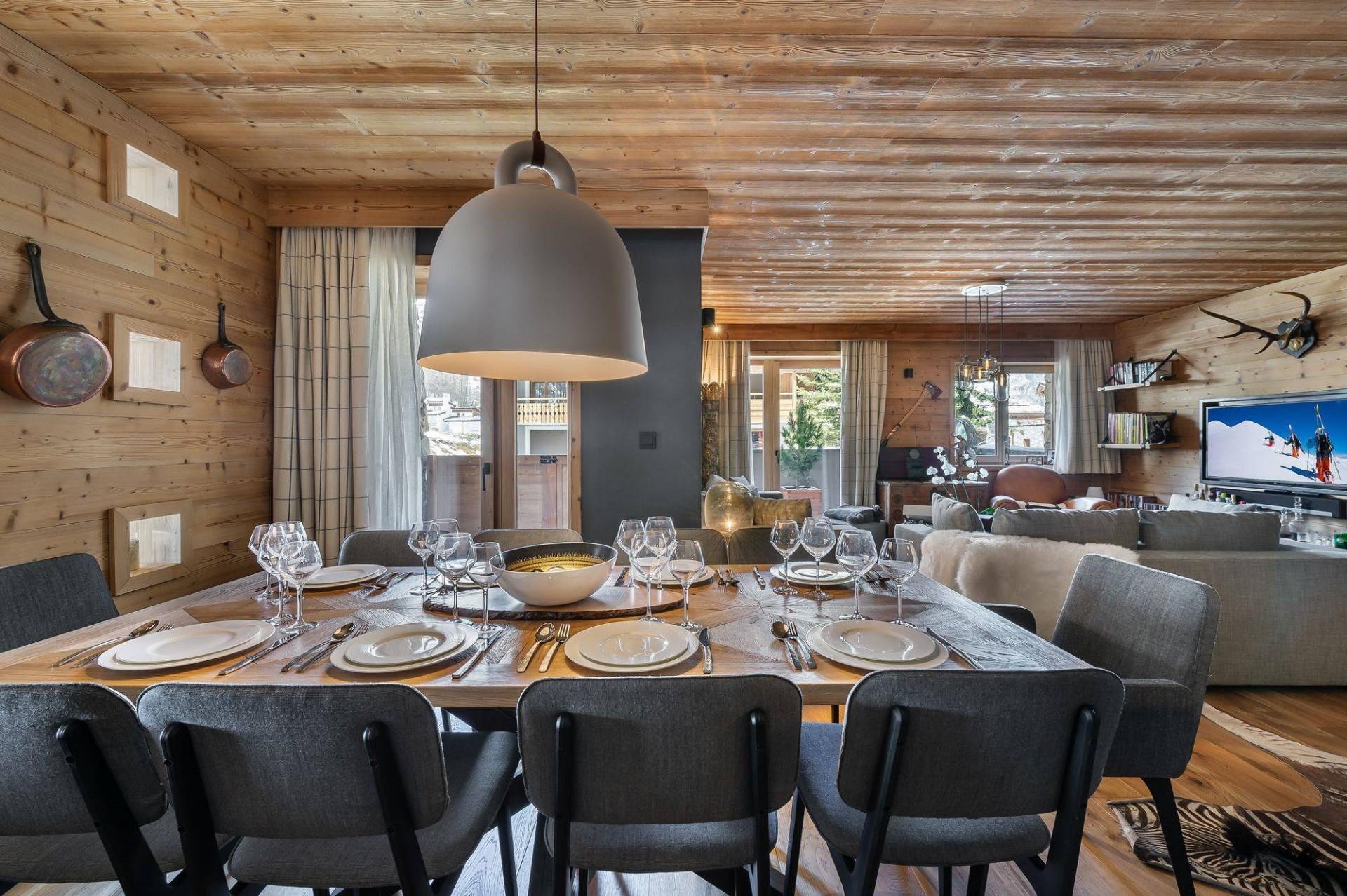 Val d'Isère Location Appartement Luxe Virlonte Salle A Manger 3