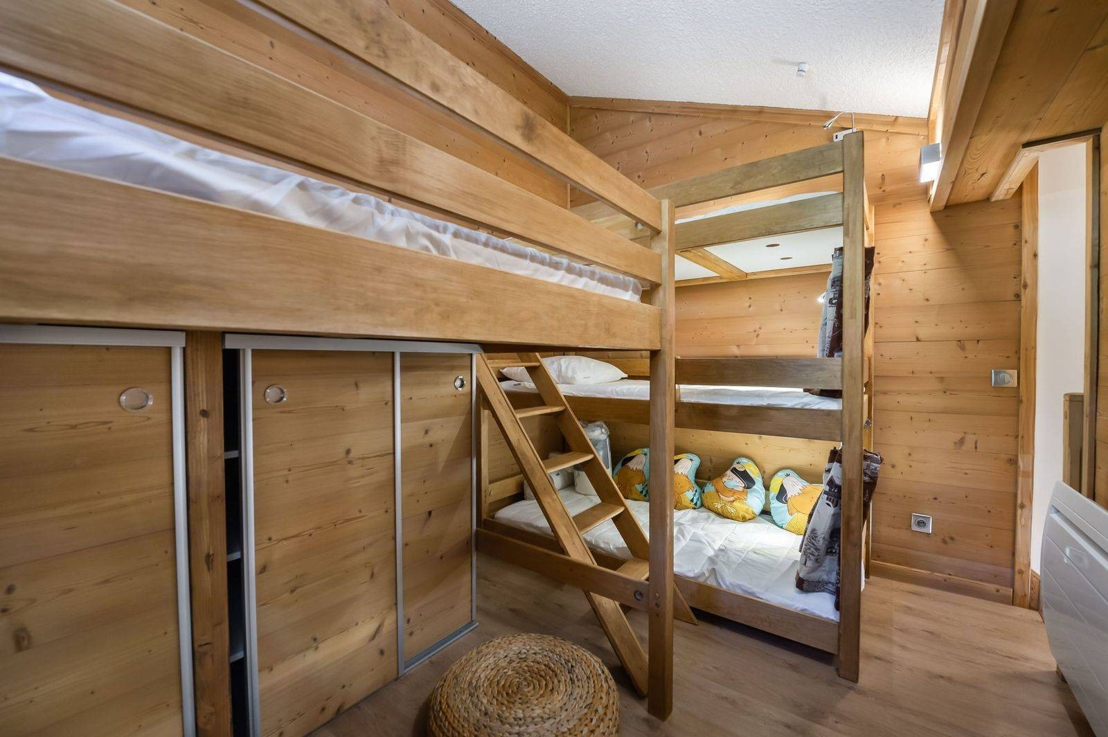 Val d'Isère Luxury Rental Appartment Virlouve Bedroom 2