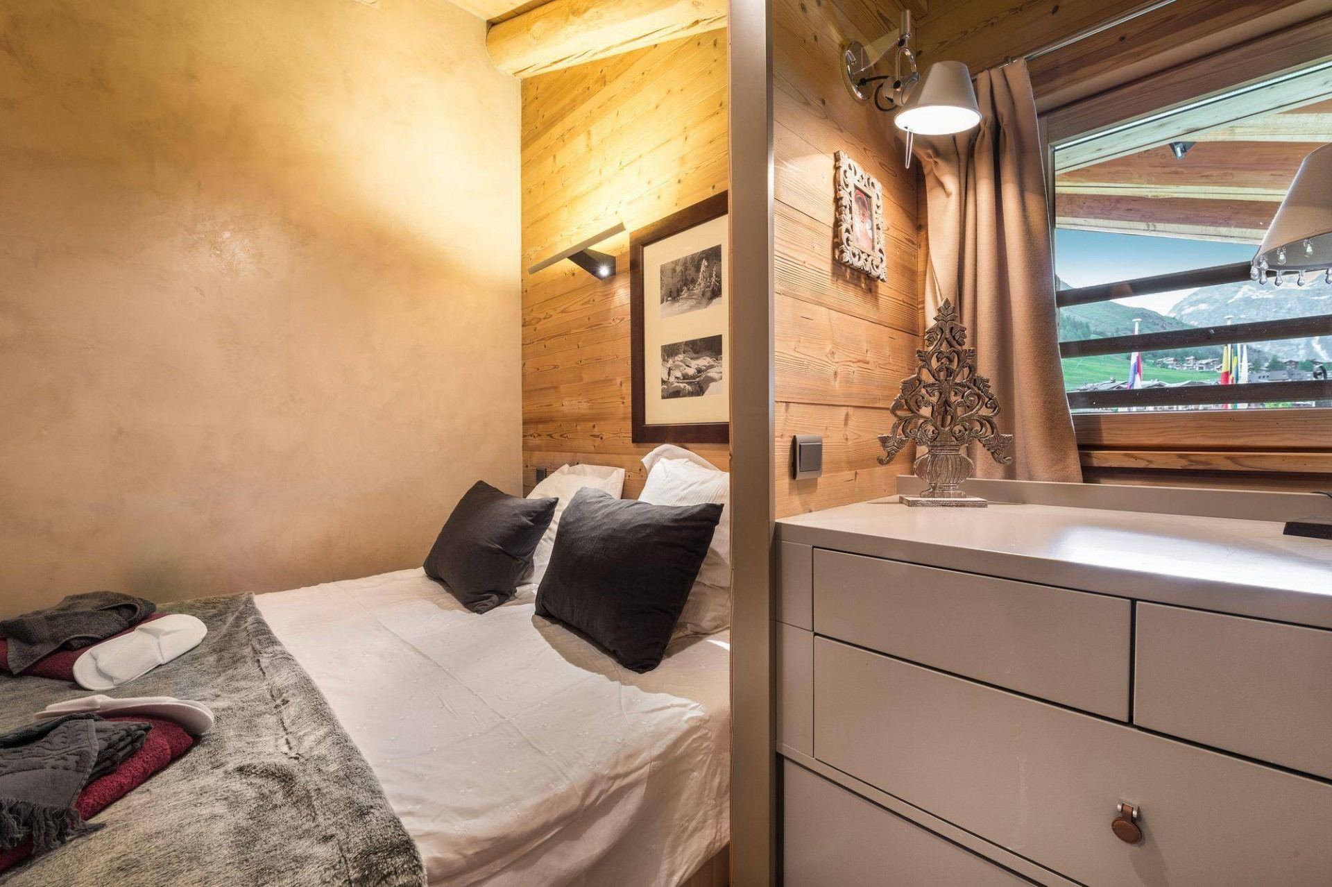 Val d'Isère Location Appartement Luxe Vitoli Chambre