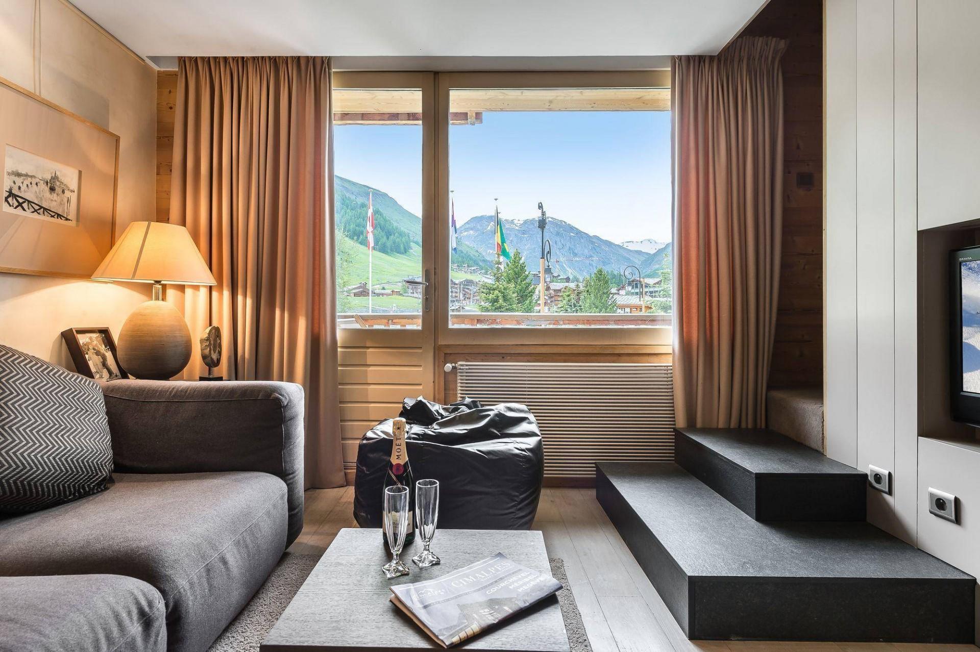 Val d'Isère Location Appartement Luxe Vitoli Séjour 2