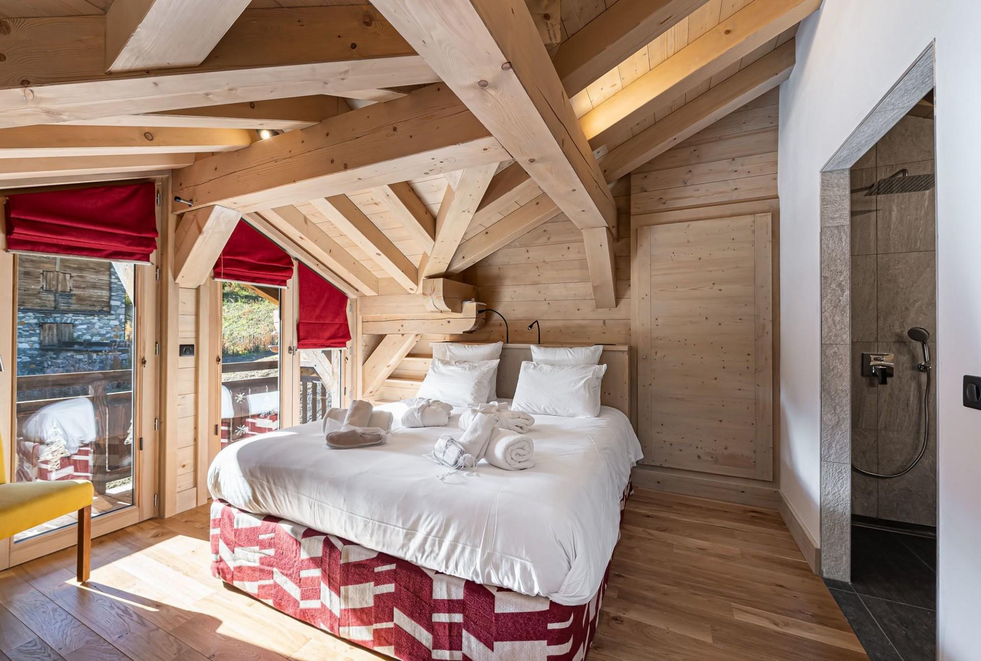 Val d'Isère Luxury Rental Chalet Eclaito Bedroom 2