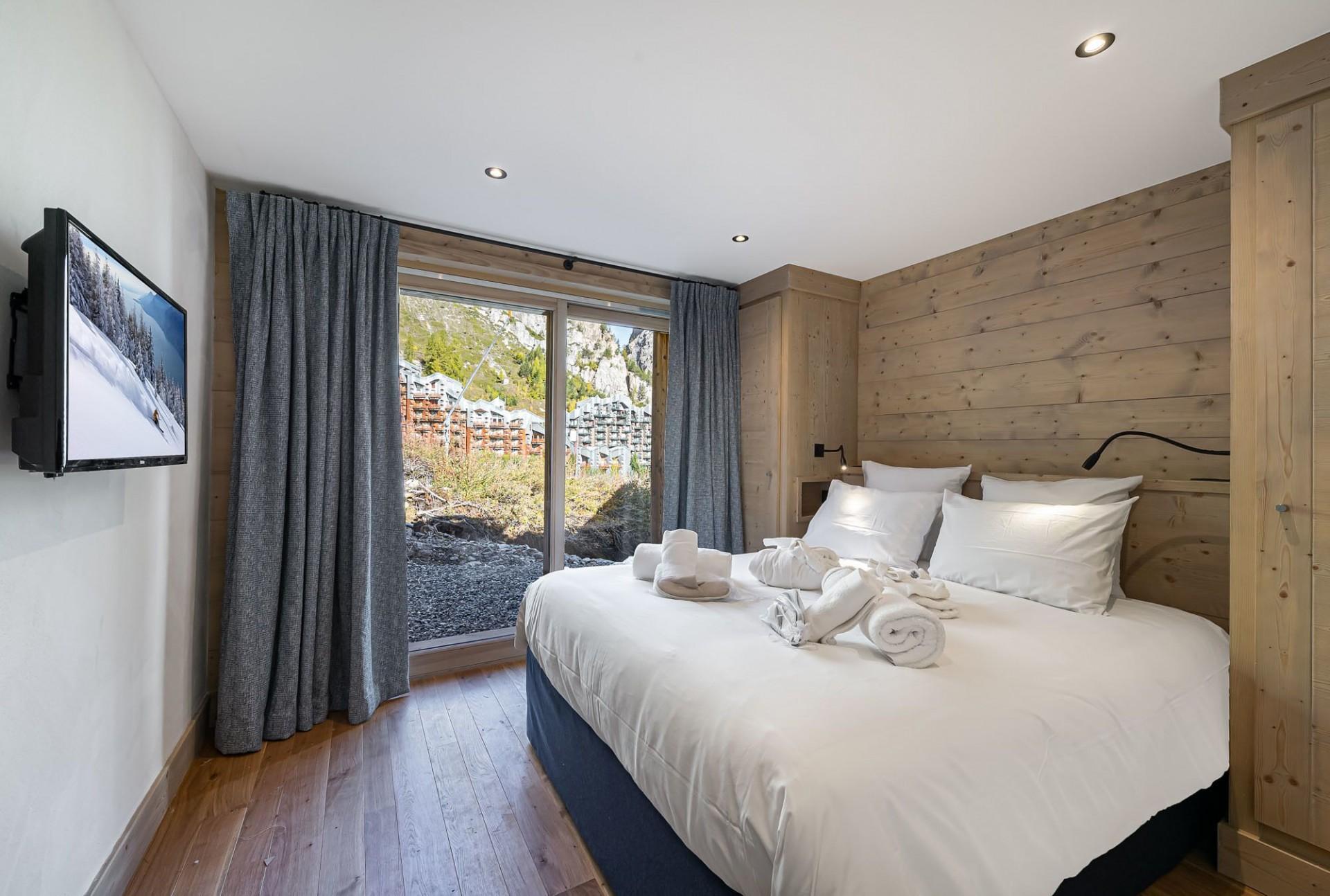 Val d'Isère Luxury Rental Chalet Eclaito Bedroom 4
