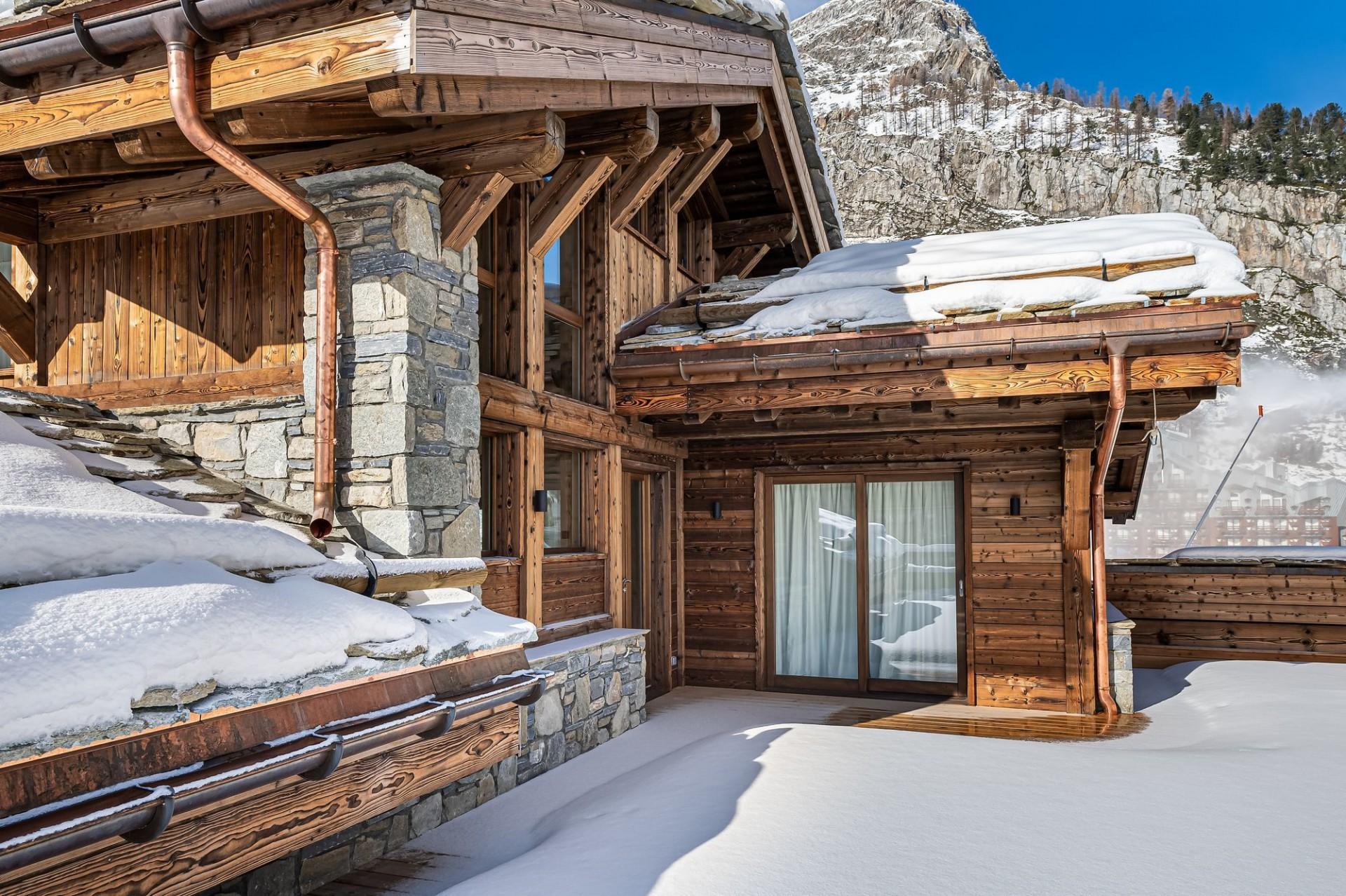 Val d'Isère Luxury Rental Chalet Eclaito Exterior 2