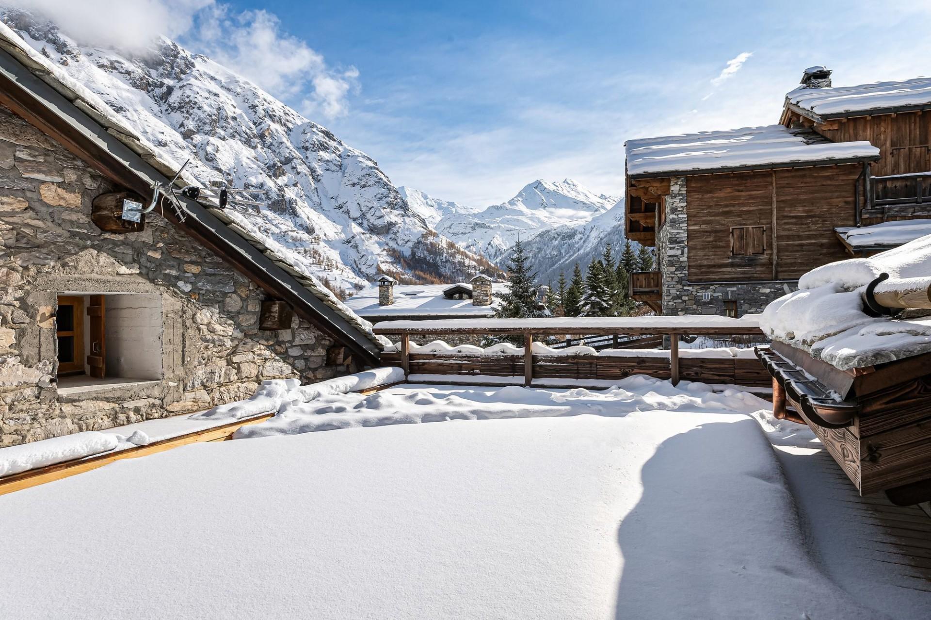 Val d'Isère Luxury Rental Chalet Eclaito Exterior 3