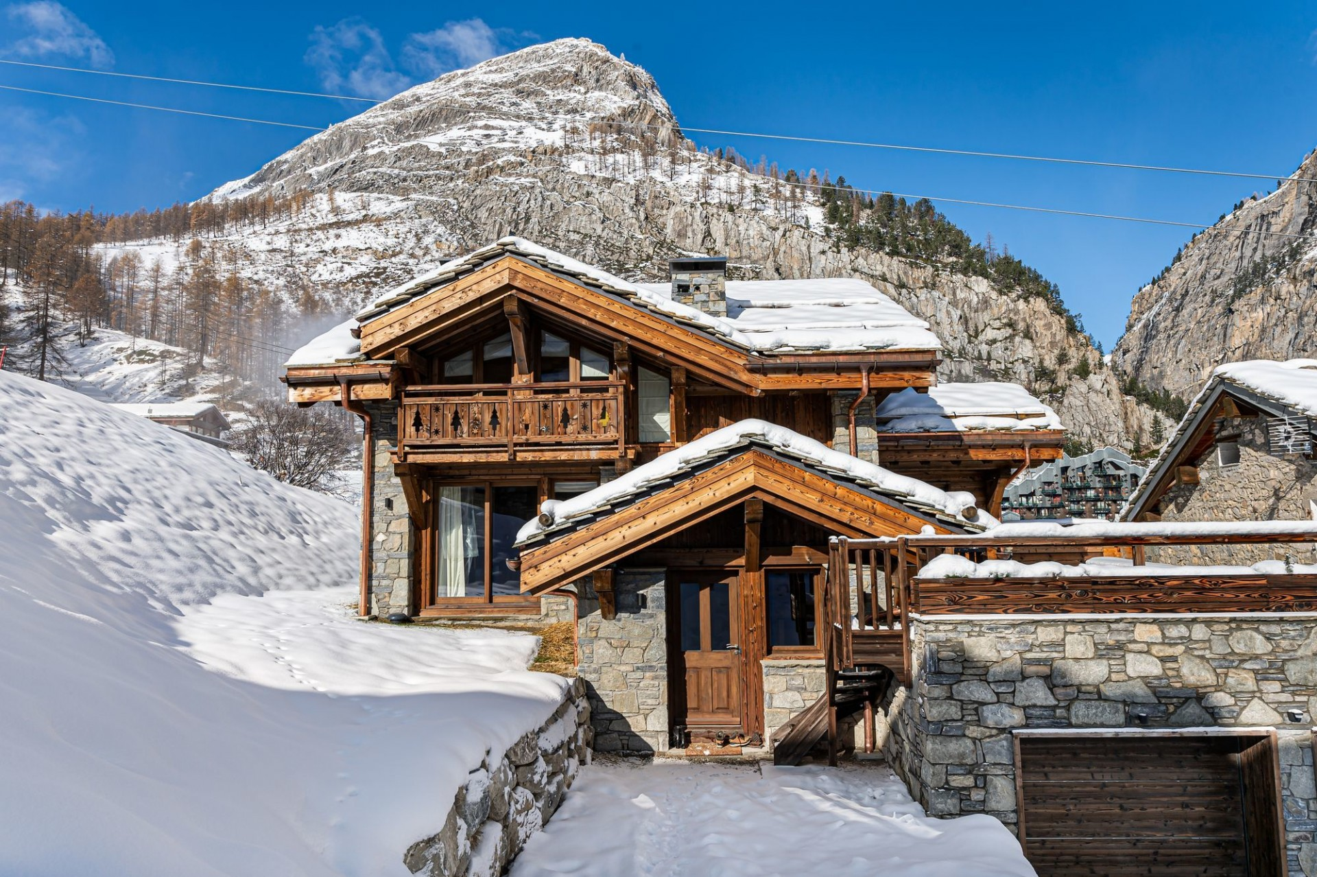 Val d'Isère Luxury Rental Chalet Eclaito Exterior 4