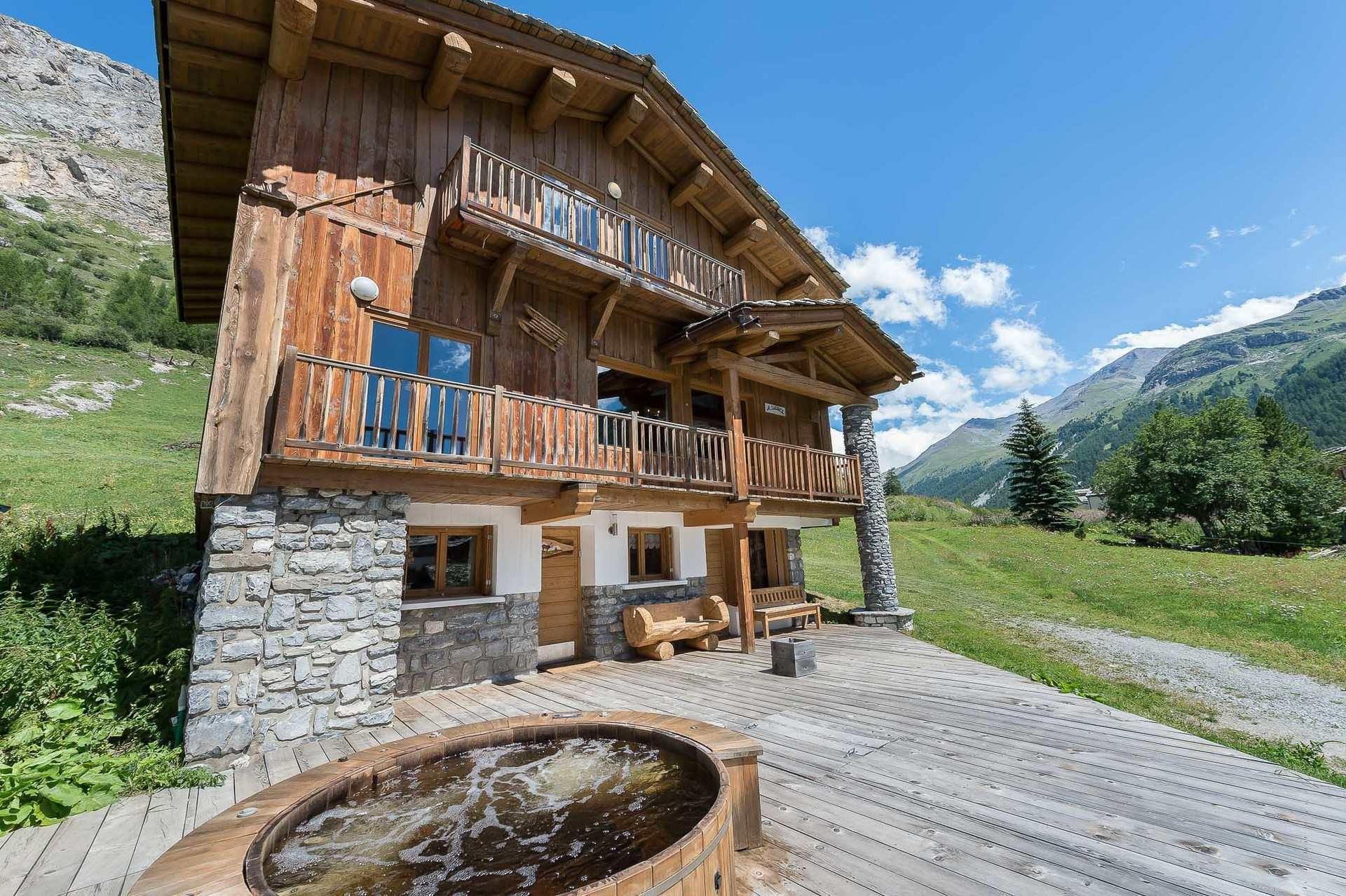 Val d'Isère Location Chalet Luxe Jaden Extérieur
