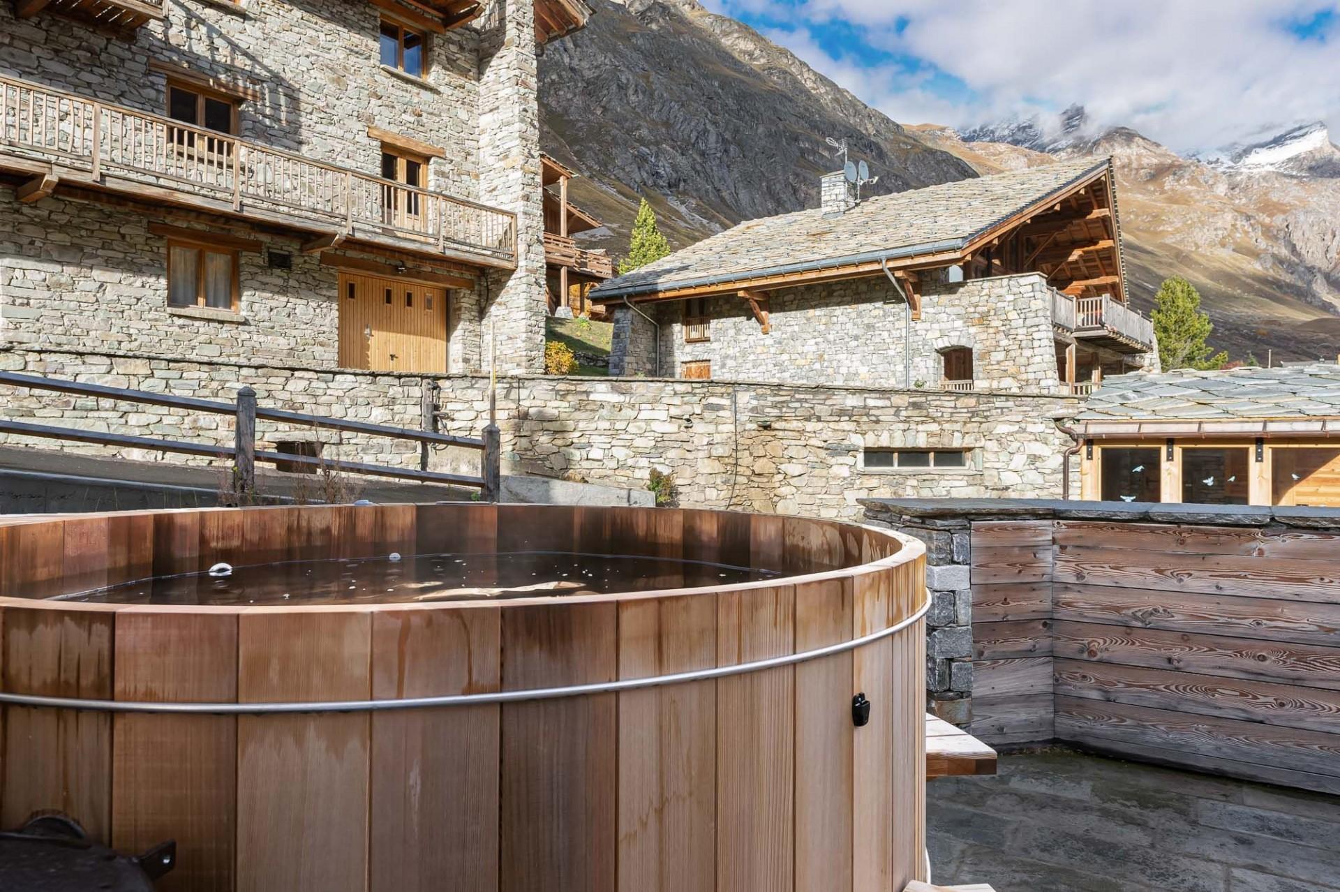 Val d'Isère Location Chalet Luxe Tellanche Bain Nordique 2