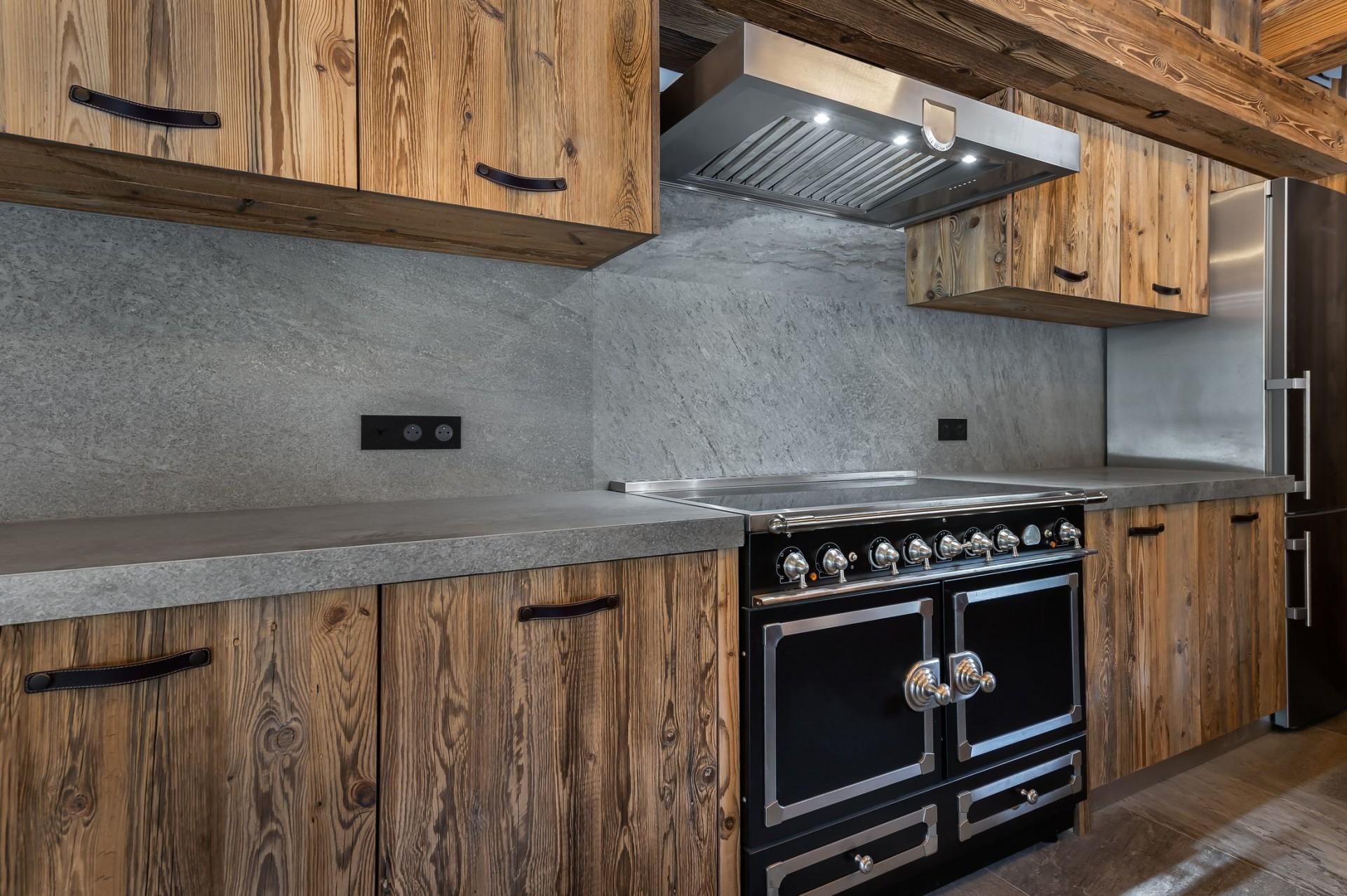 Val d'Isère Location Chalet Luxe Tellanche Cuisine