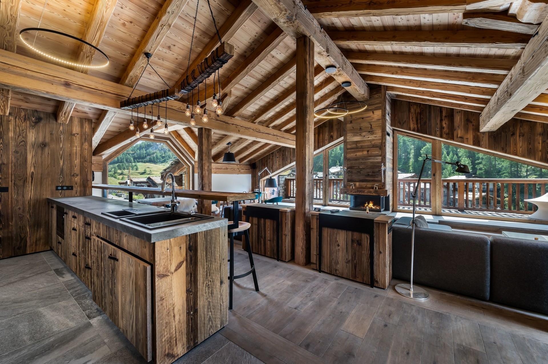 Val d'Isère Location Chalet Luxe Tellanche Cuisine 2