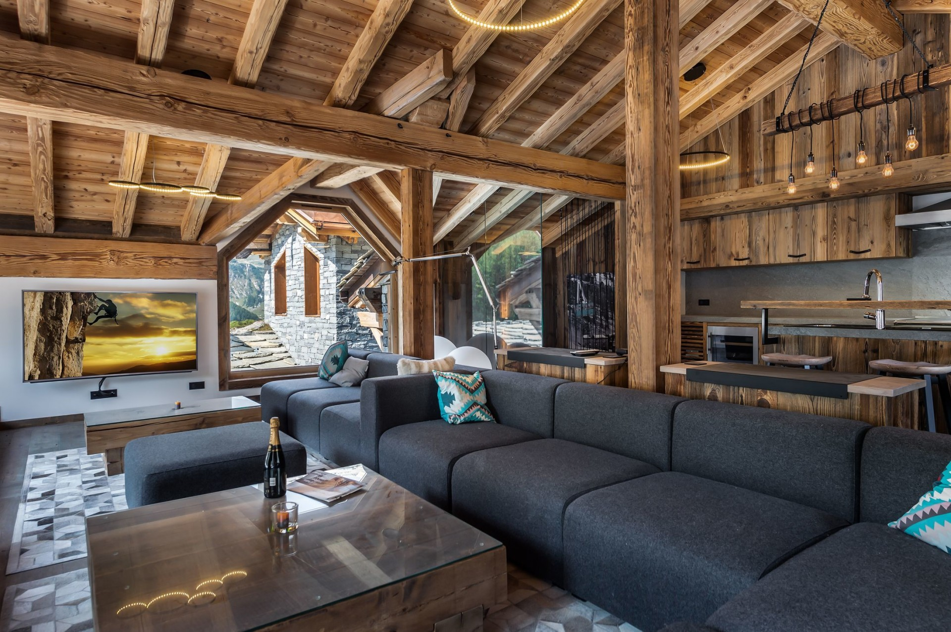 Val d'Isère Location Chalet Luxe Tellanche Séjour 3