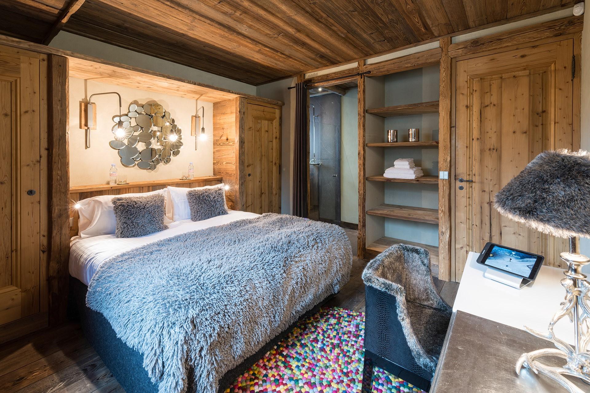 Val D'Isère Luxury Rental Chalet Umbute Bedroom 7
