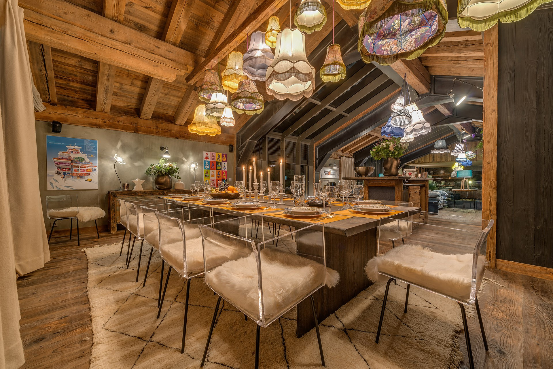 Val D'Isère Luxury Rental Chalet Umbute Dining Room