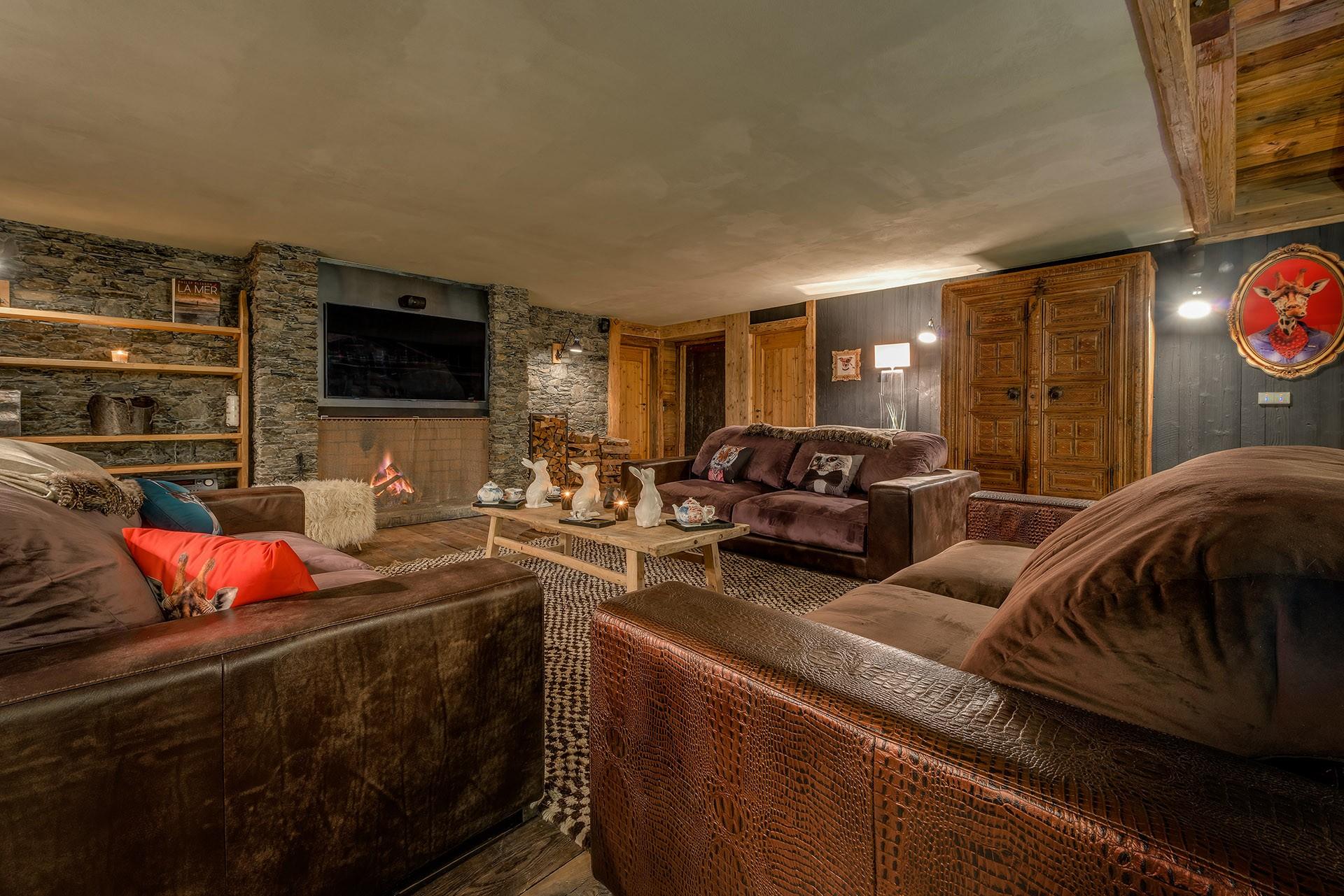 Val D'Isère Luxury Rental Chalet Umbute Living Room 5
