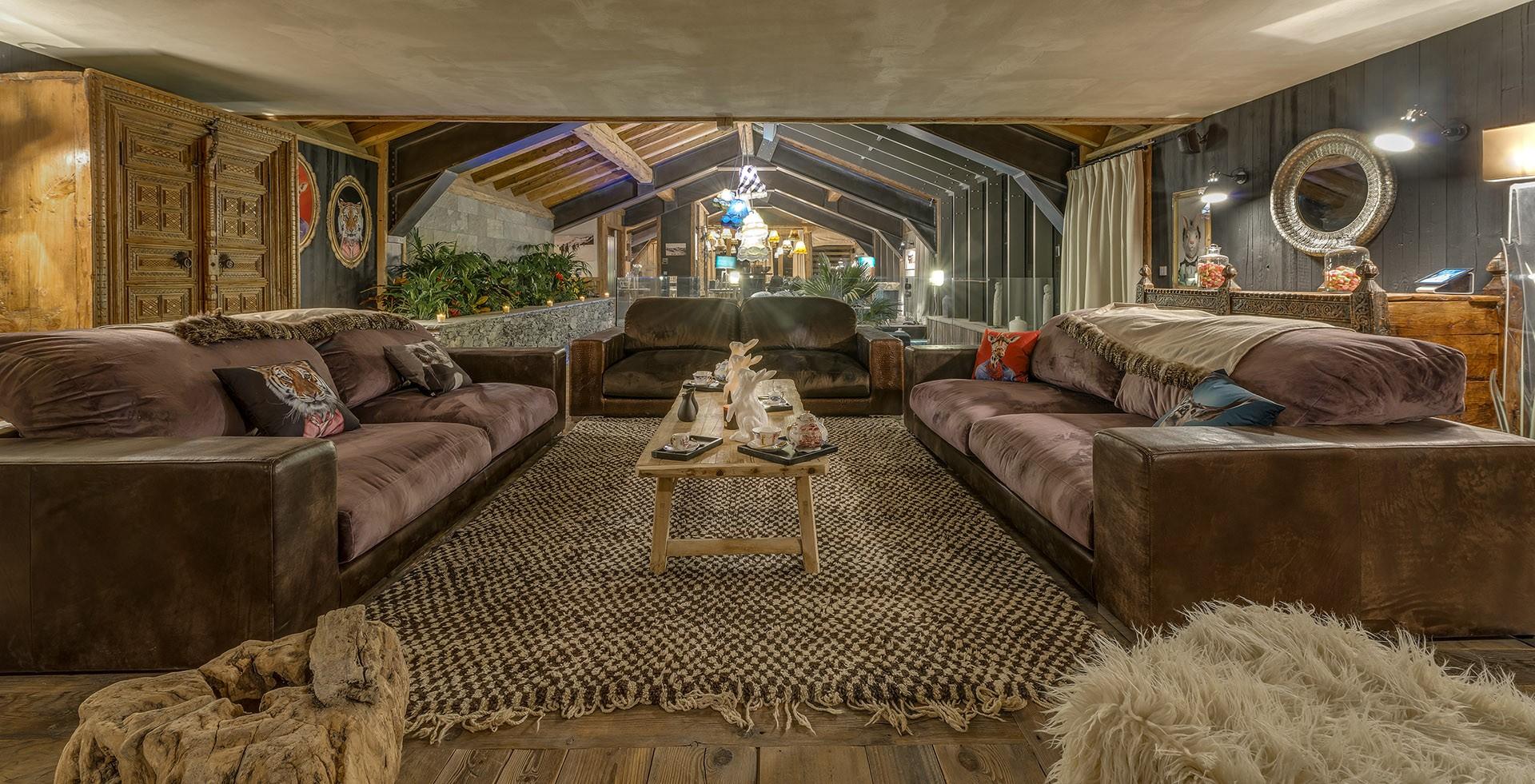 Val D'Isère Luxury Rental Chalet Umbute Living Room 6