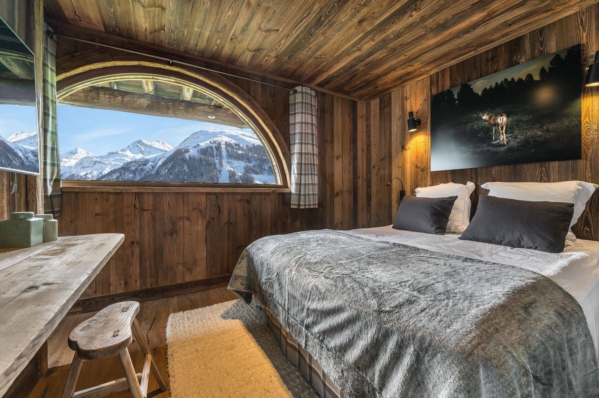 Val d'Isère Location Chalet Luxe Uralelite Chambre