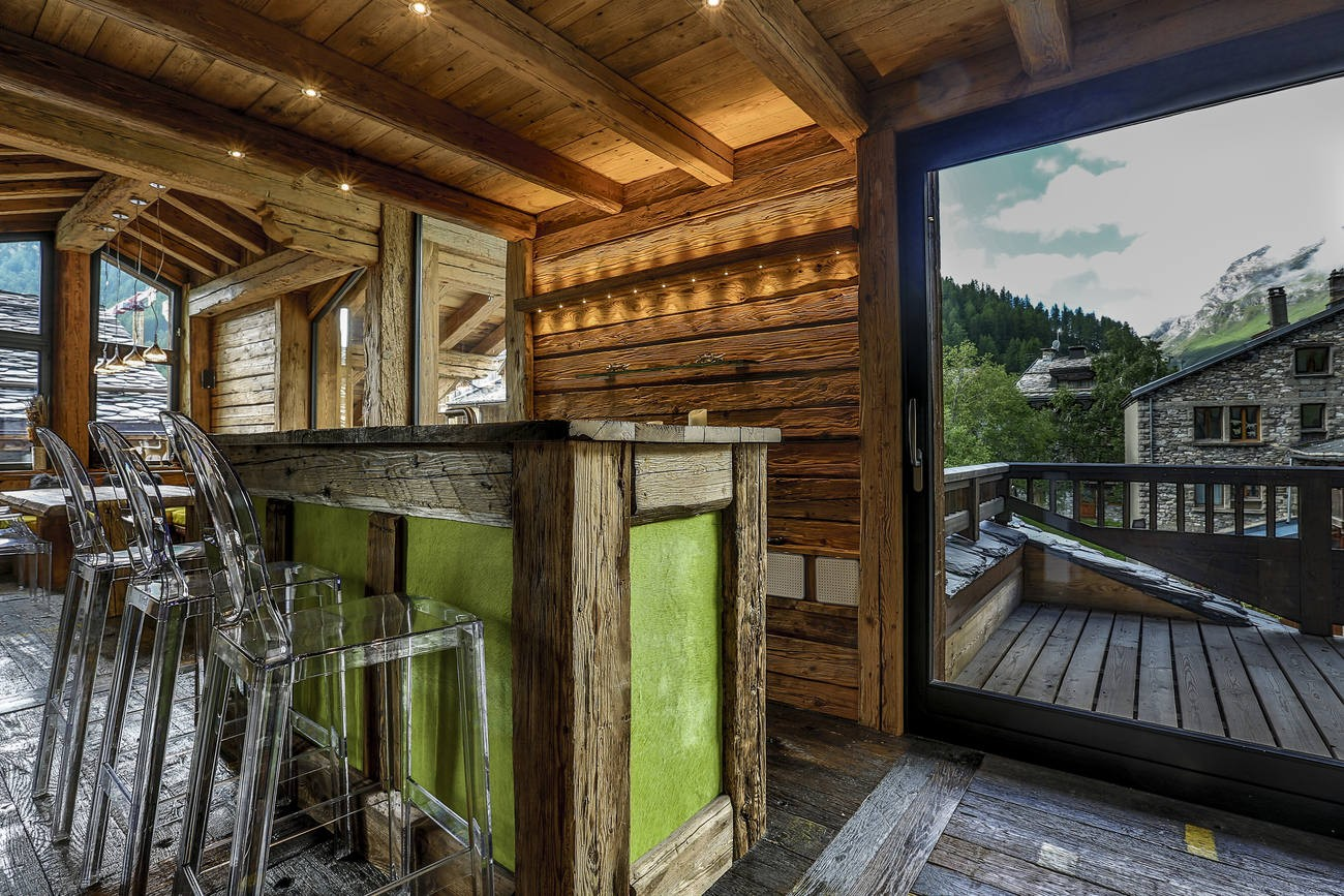Val d'Isère Location Chalet Luxe Vasel Bar