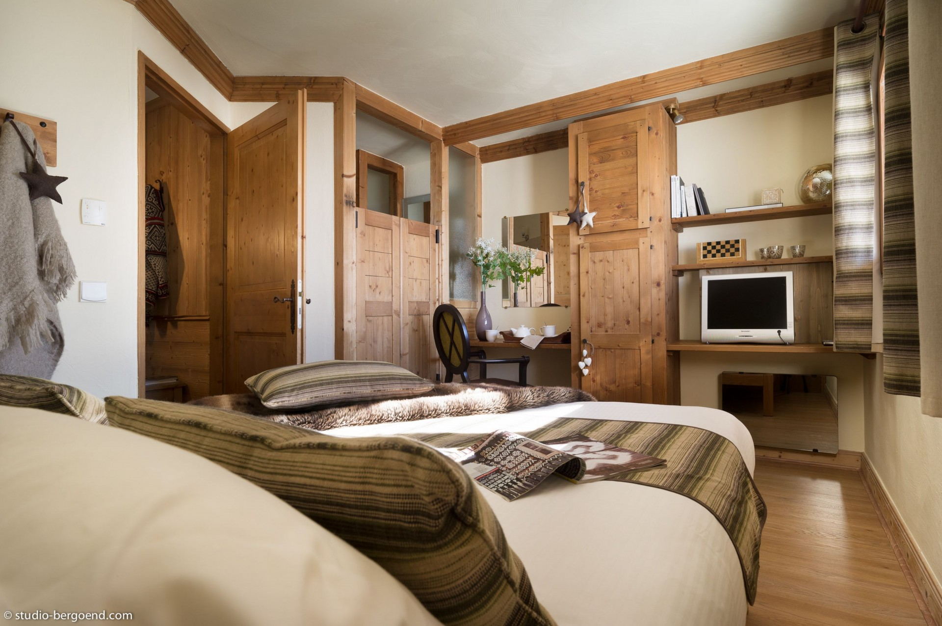 val-thorens-location-appartement-luxe-volcinite Chambre