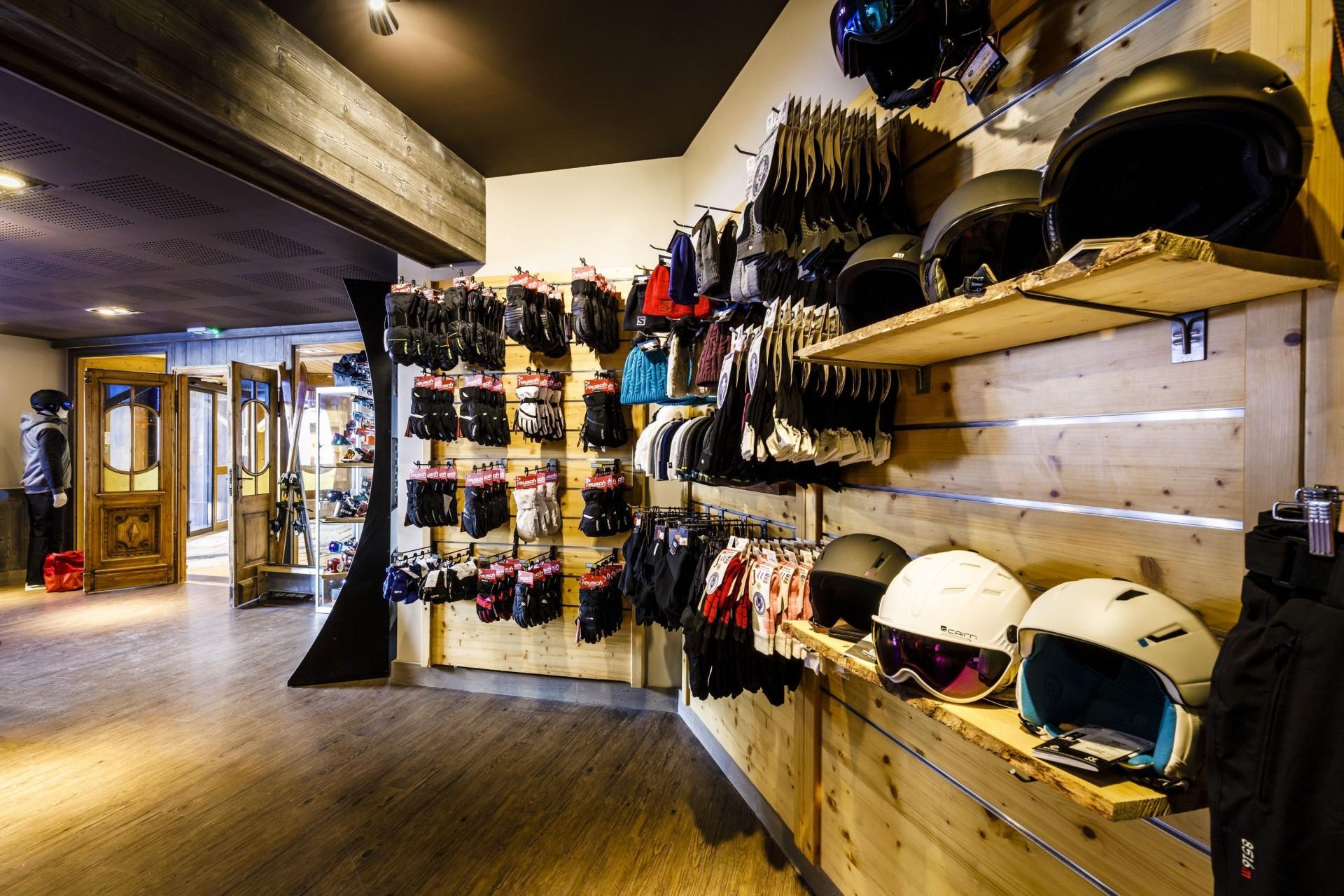 Val Thorens Rental Appartment Luxury Volfsanite Skishop